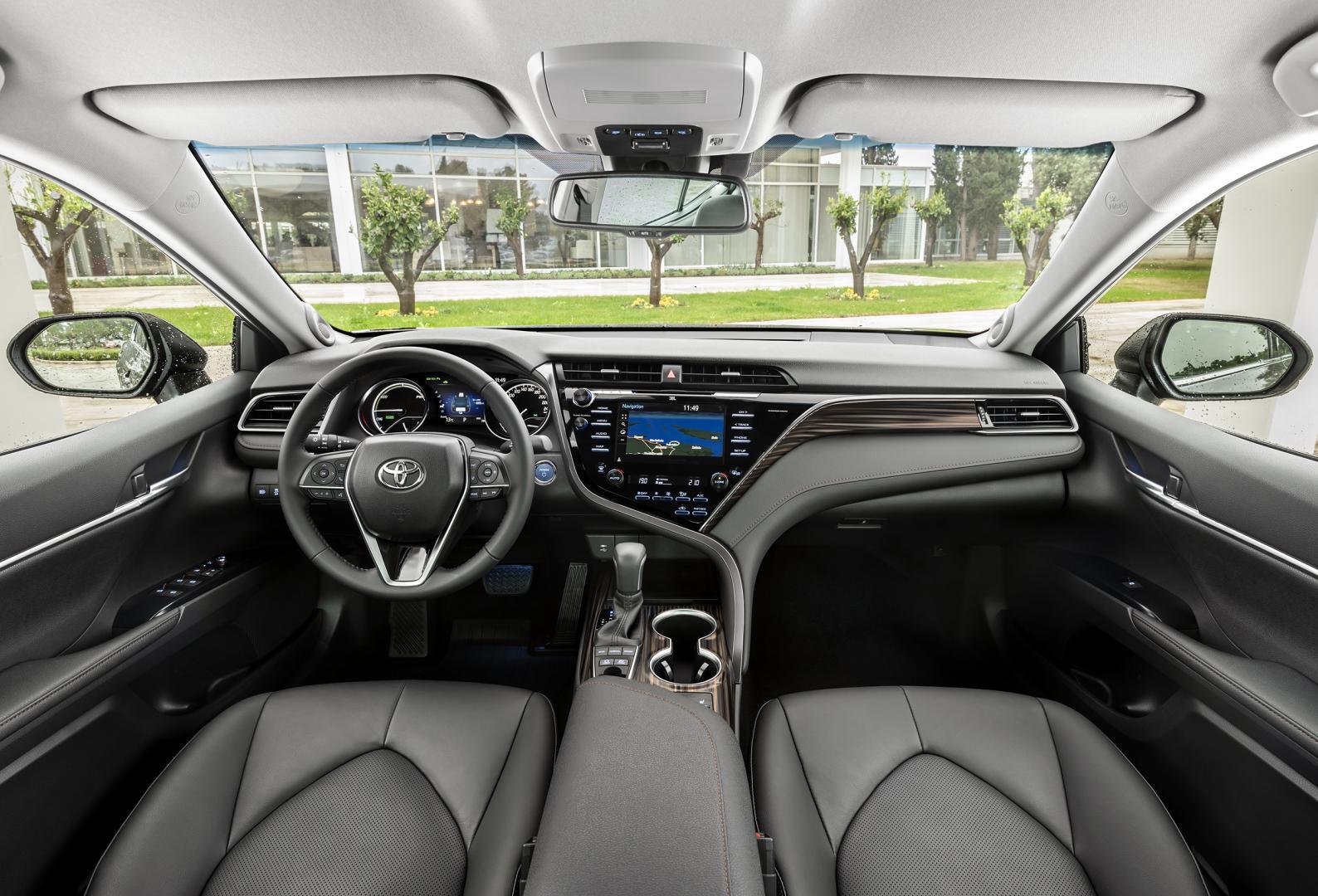 Toyota Camry Hybrid Premium - test 2019 dashboard interieur
