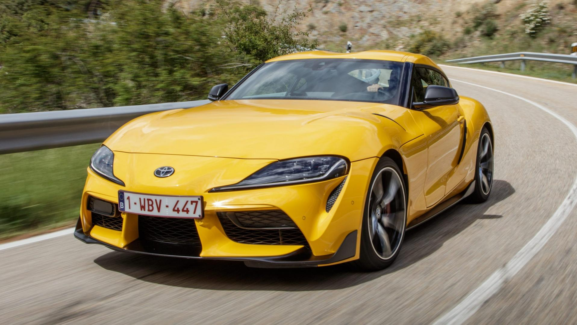 Toyota Supra A90 Geel