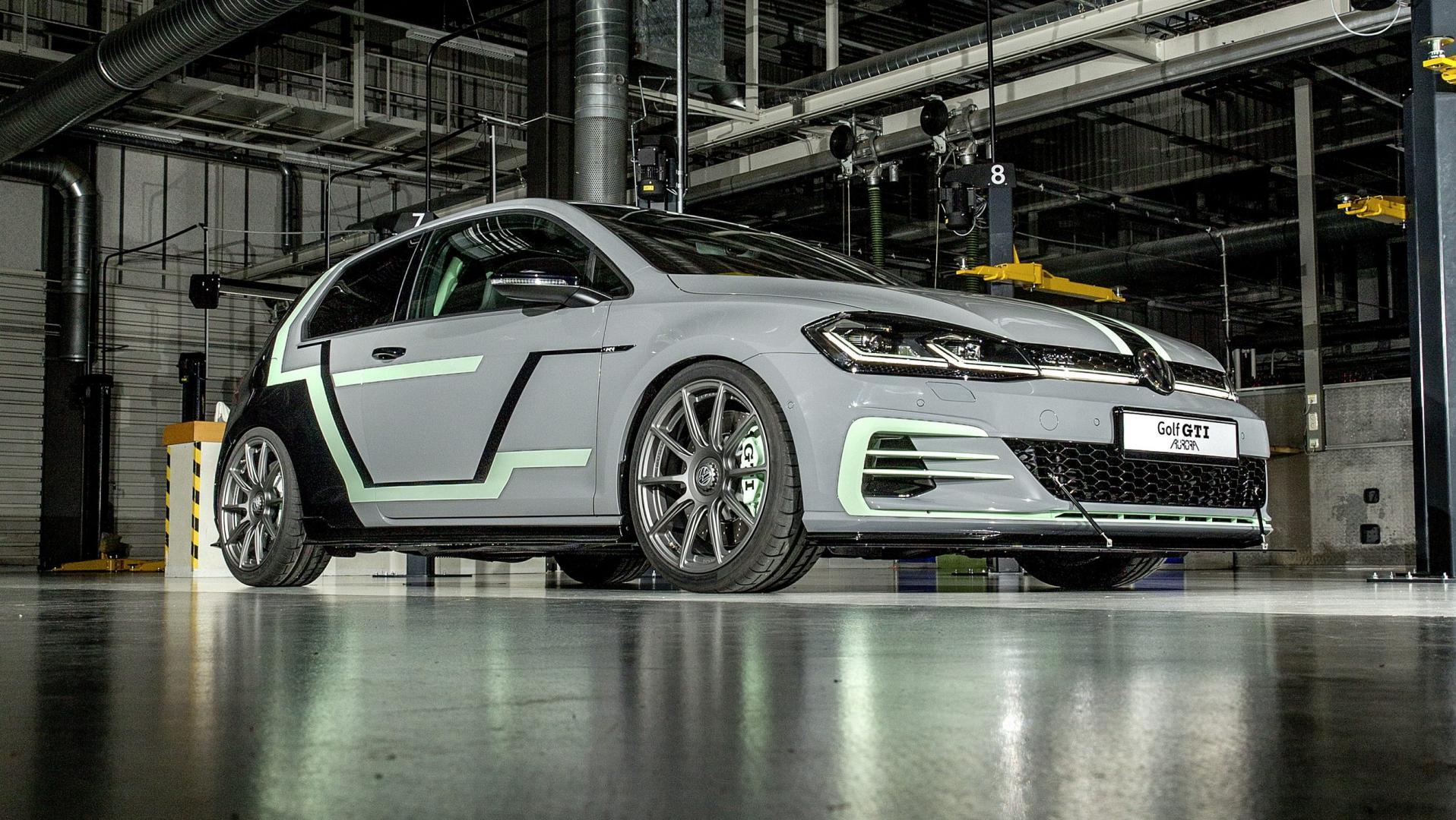 Volkswagen Golf GTI Aurora