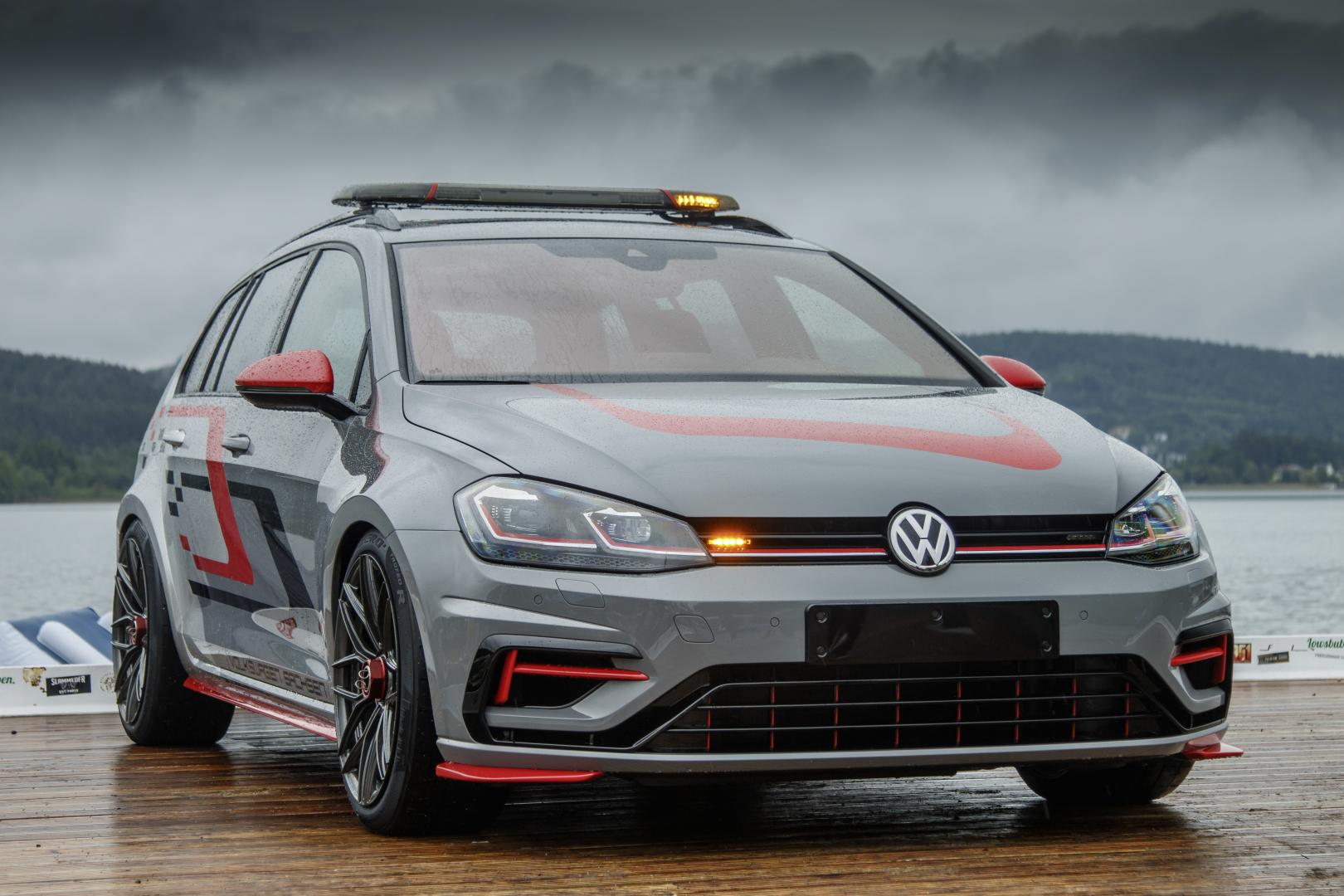 Volkswagen Golf GTI Aurora en R FighteR
