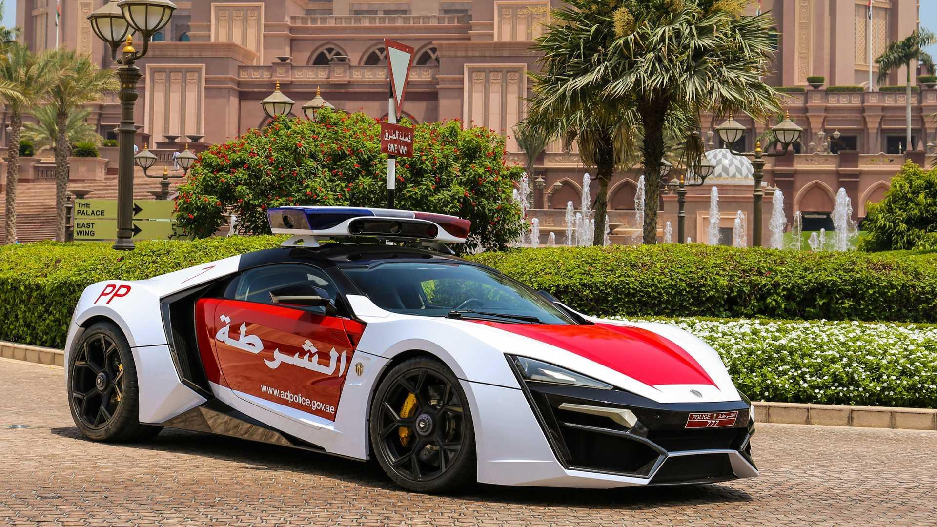 Lykan Hypersport-politieauto