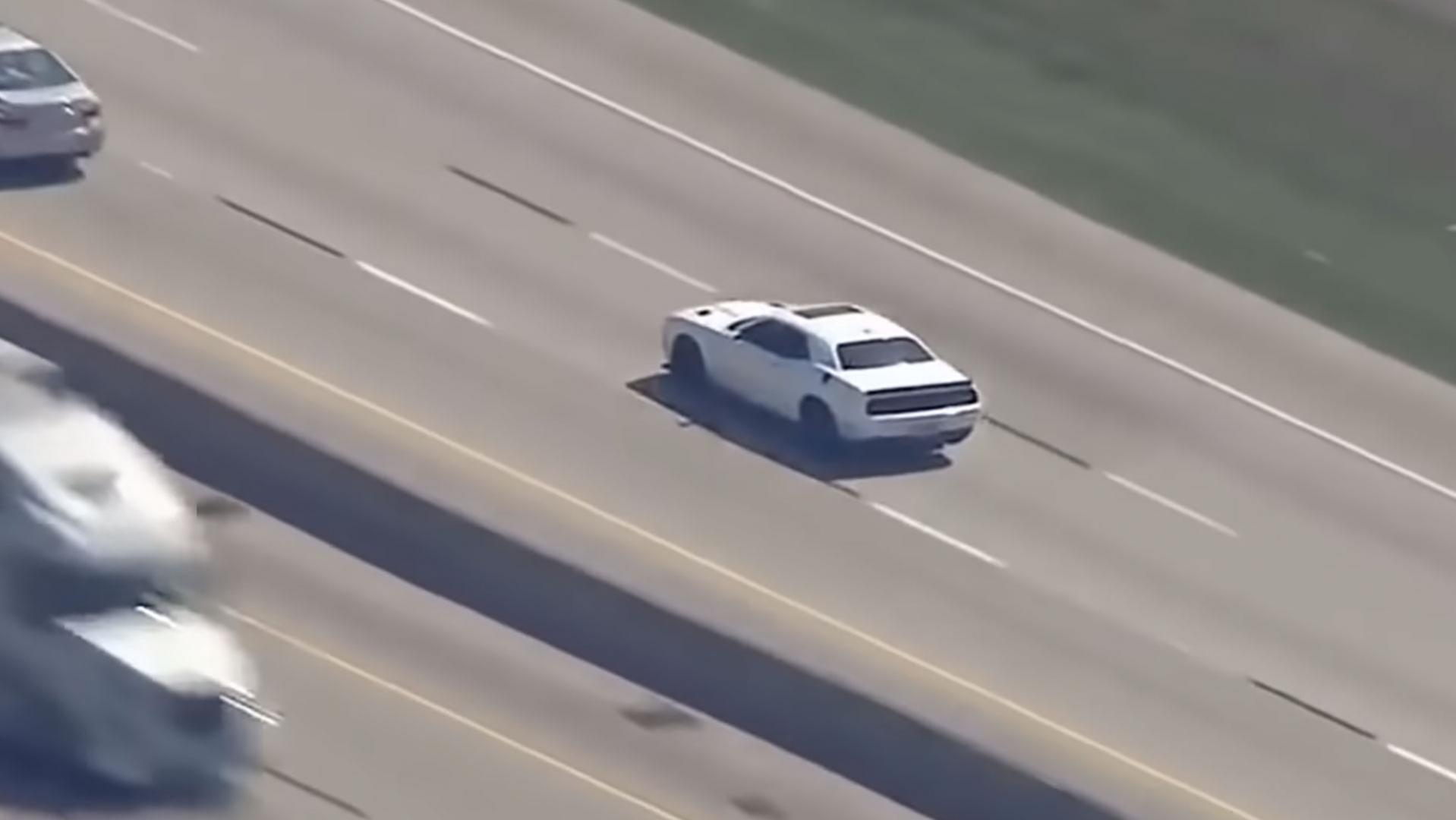 Dodge Hellcat is sneller dan de politie