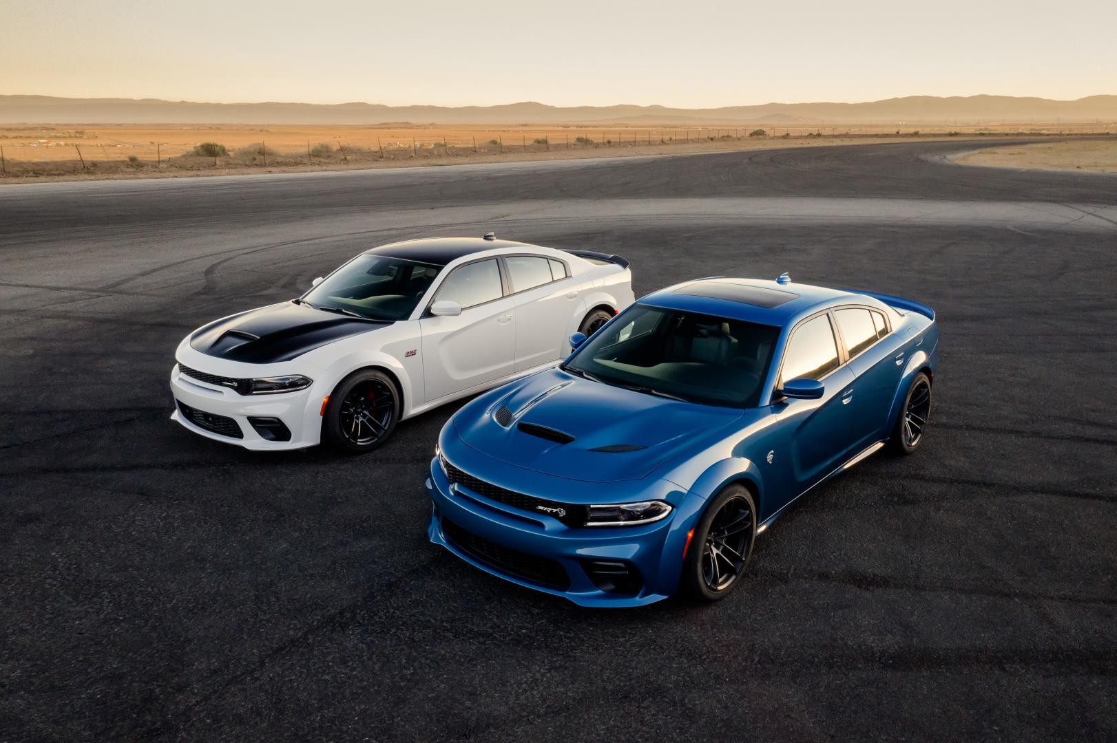 Dodge ChargerScat Pack Widebody en Hellcat