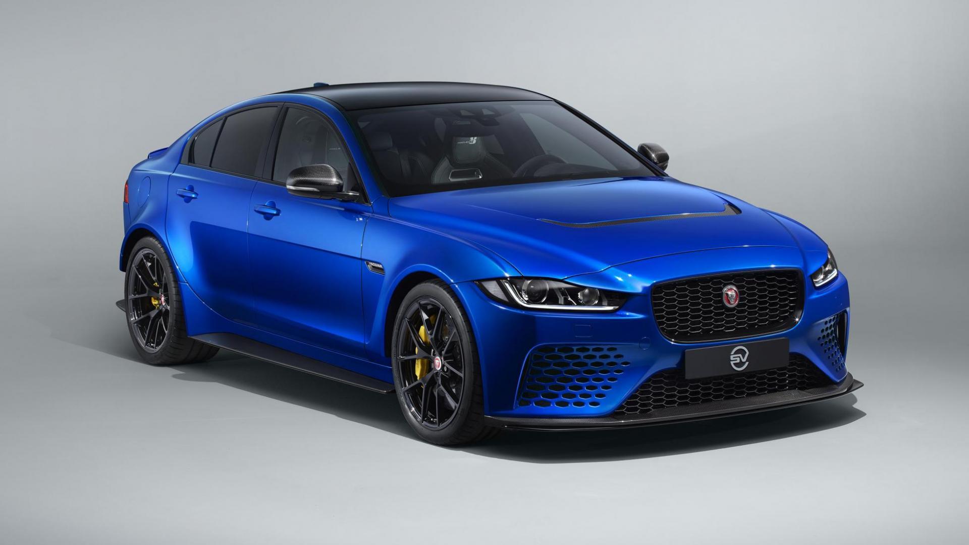 Jaguar project 8 voorkant