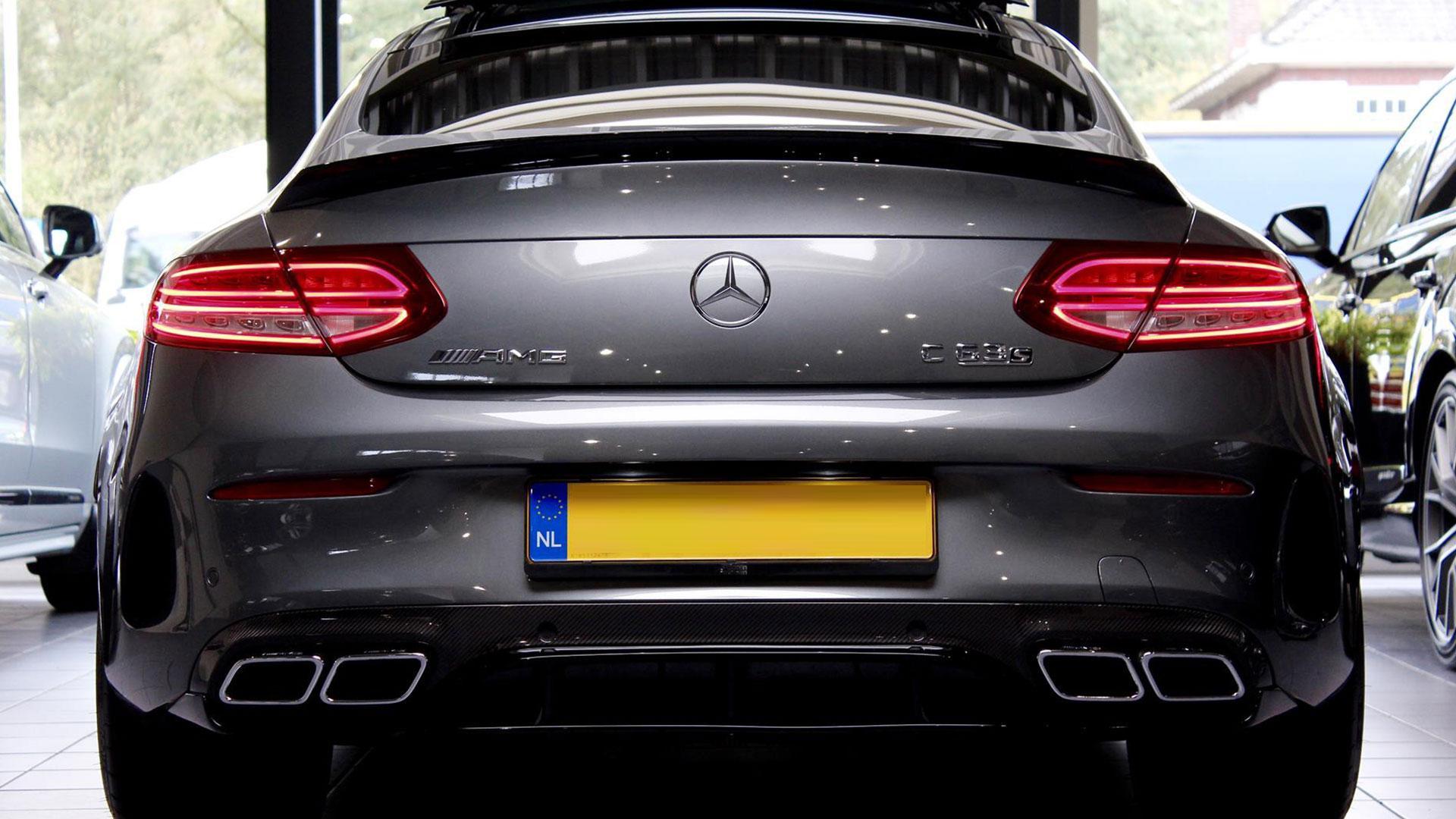 Mercedes van Max Verstappen