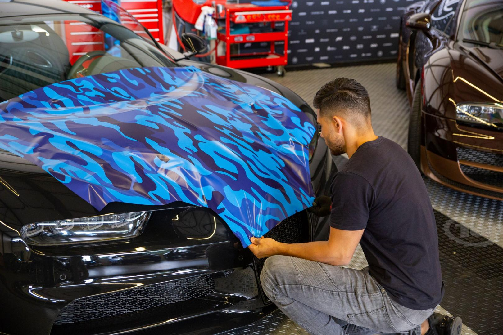 Bugatti wrappen bij JD Customs