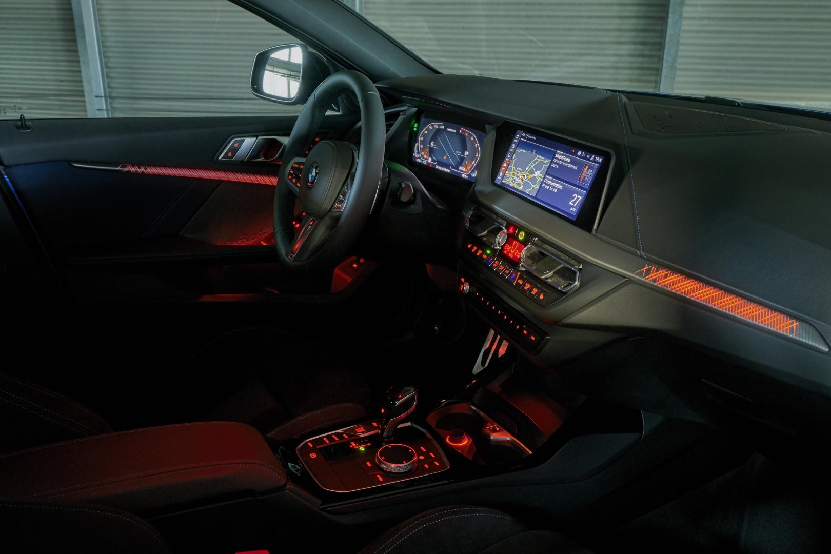BMW M135i xDrive 2019 interieur dashboard