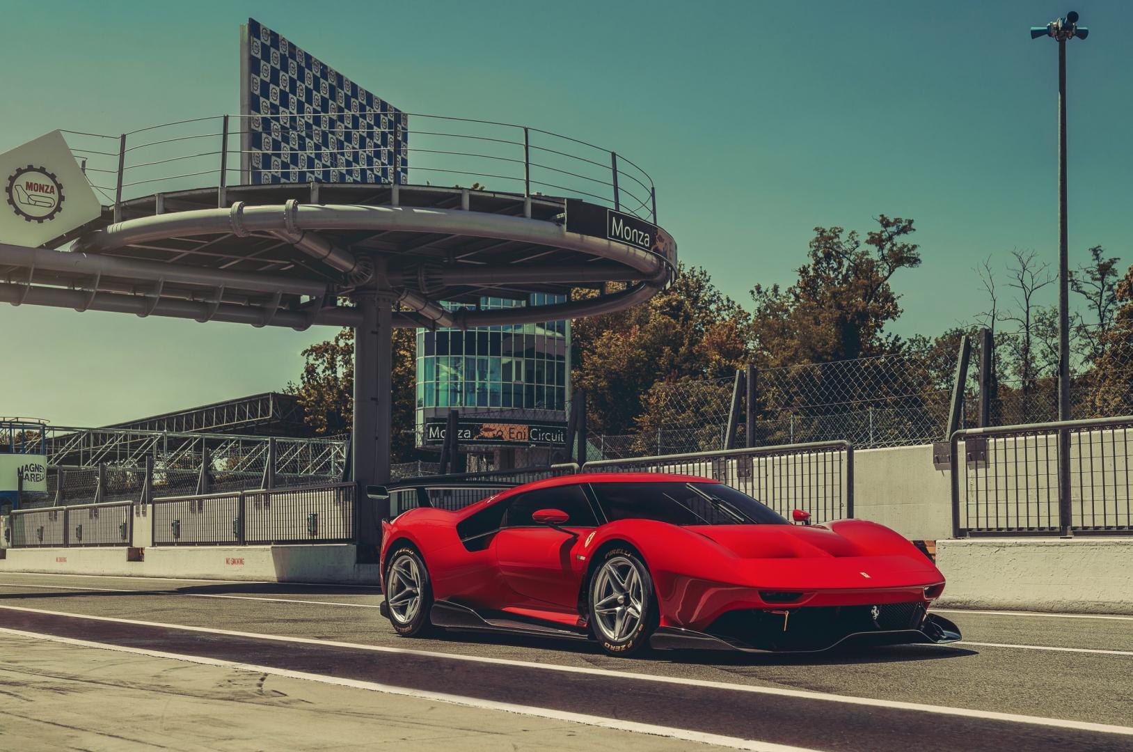 Ferrari P80/C driekwart voor