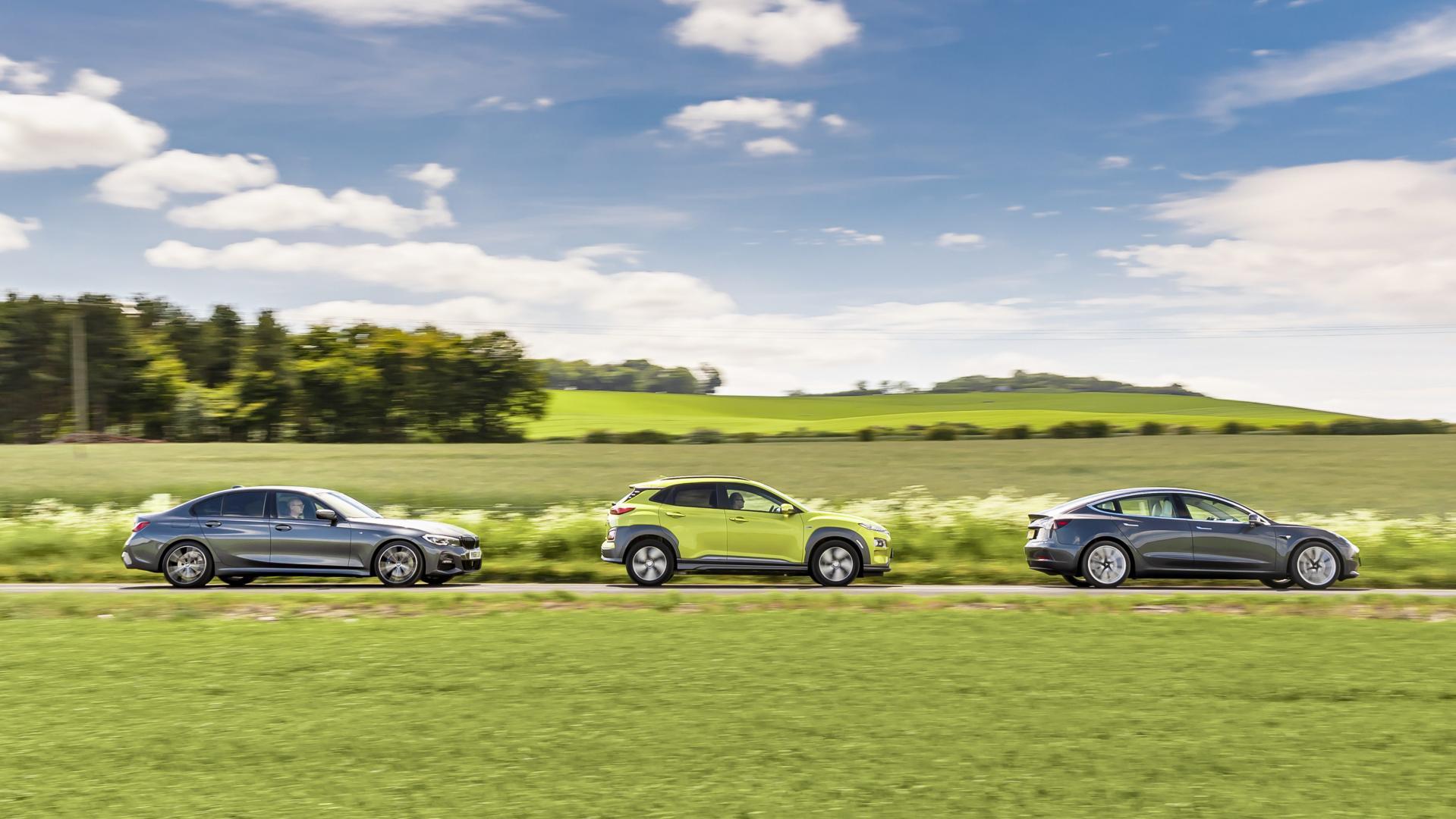 Tesla Model 3 BMW 330i M Sport Hyundai Kona Electric Premium test uit TG170 zij