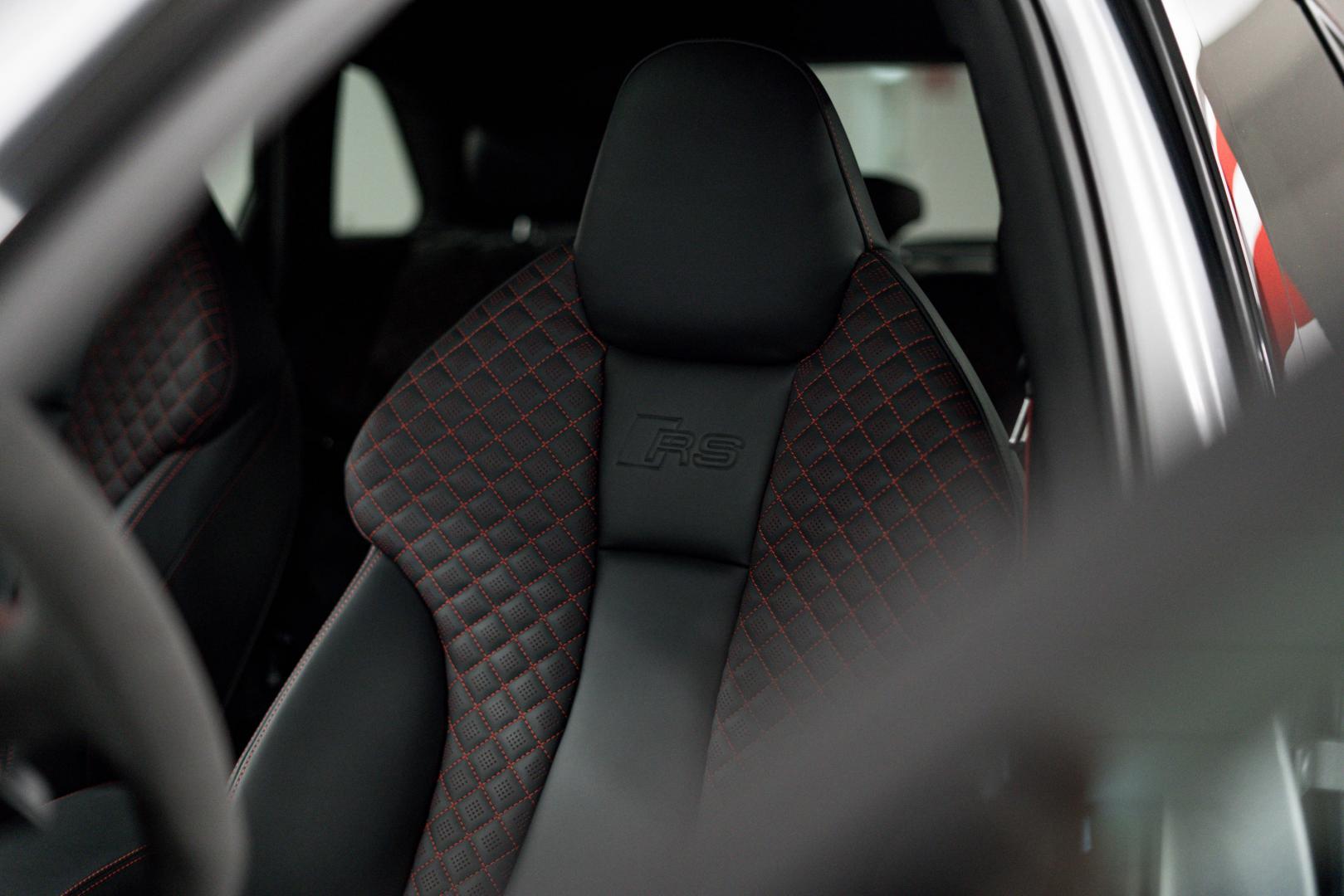 Abt Audi RS 3 stoelen