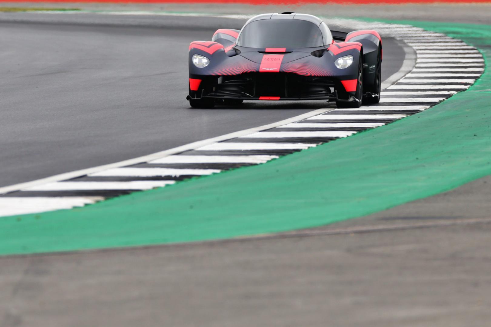 Aston Martin Valkyrie Silverstone curbstone kerbstenen