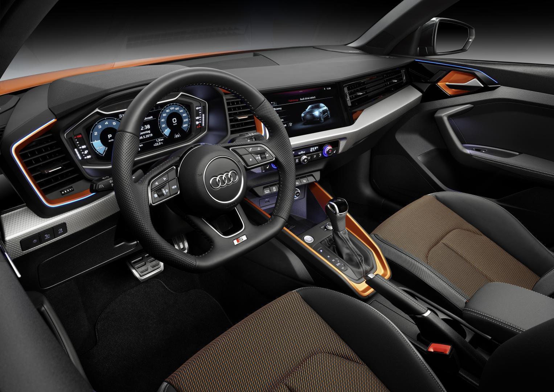 verhoogde Audi A1 Citycarver interieur