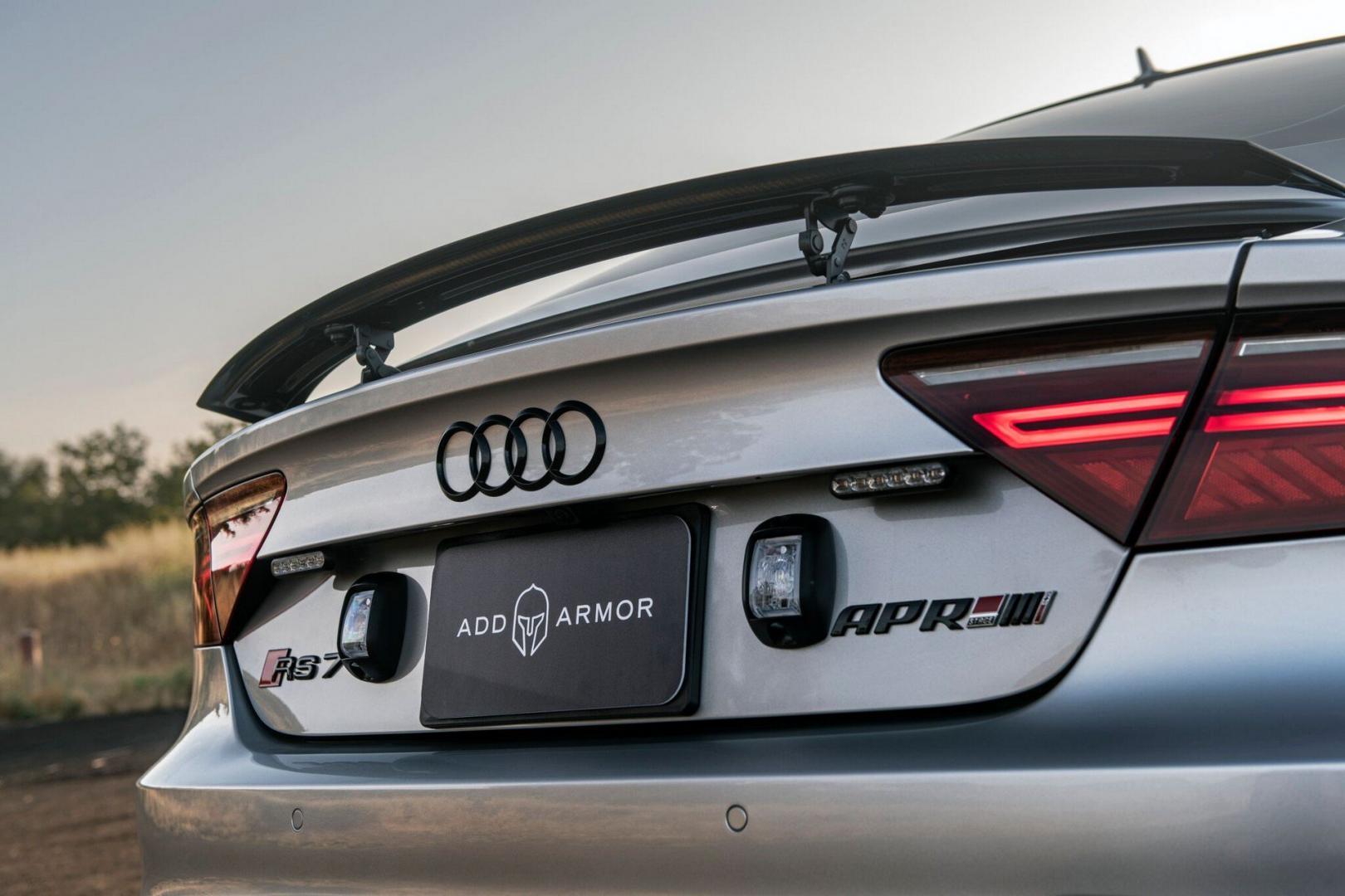 Gepantserde Audi RS 7 lichten APR