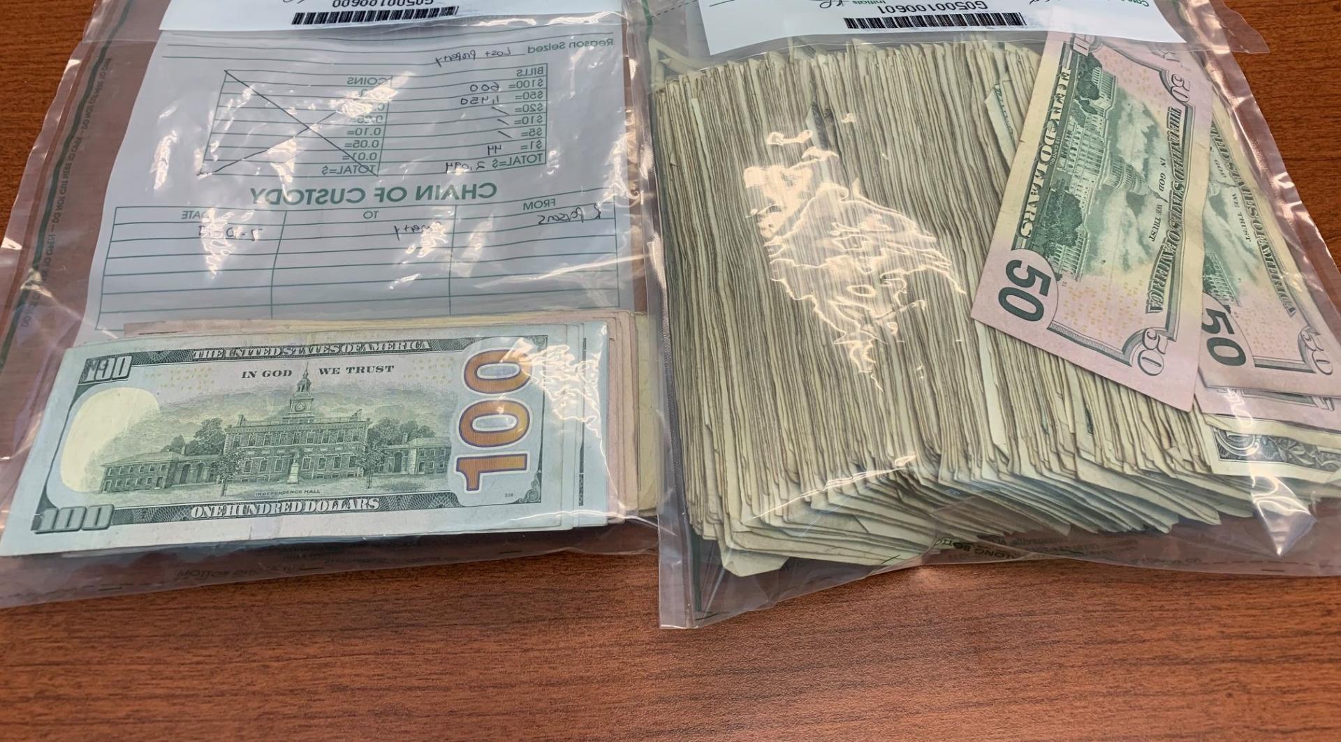 geldwagen verliest 175.000 dollar