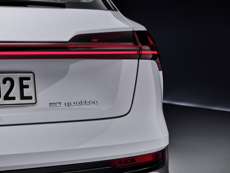 Audi e-tron 50 wit