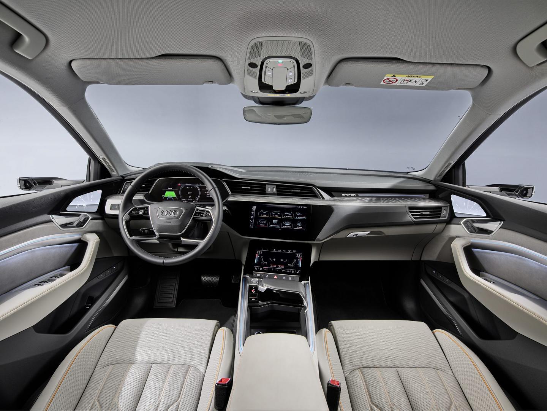 Audi e-tron 50 interieur