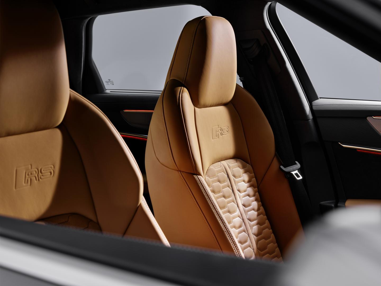 Audi RS 6 2019 stoelen