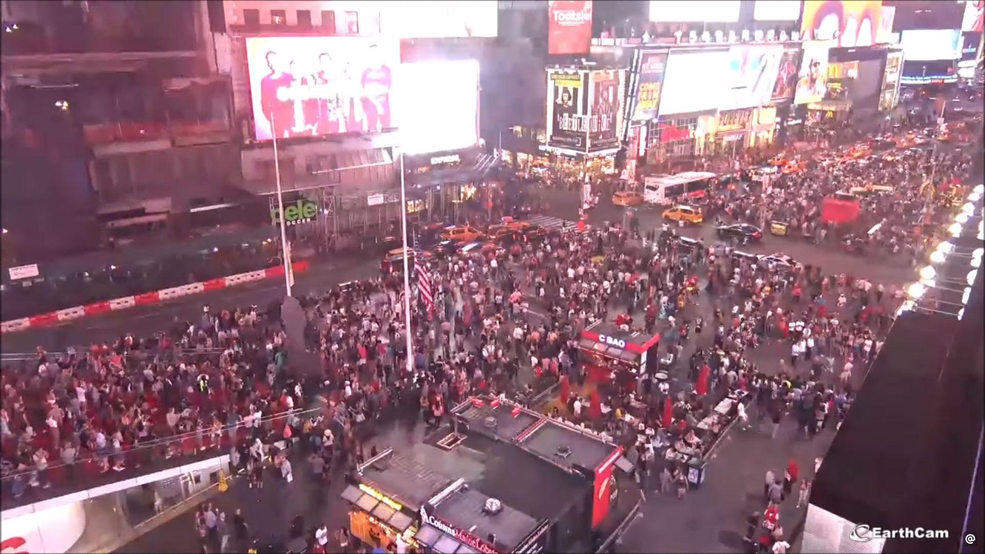 Paniek op Times Square na ploffende uitlaat