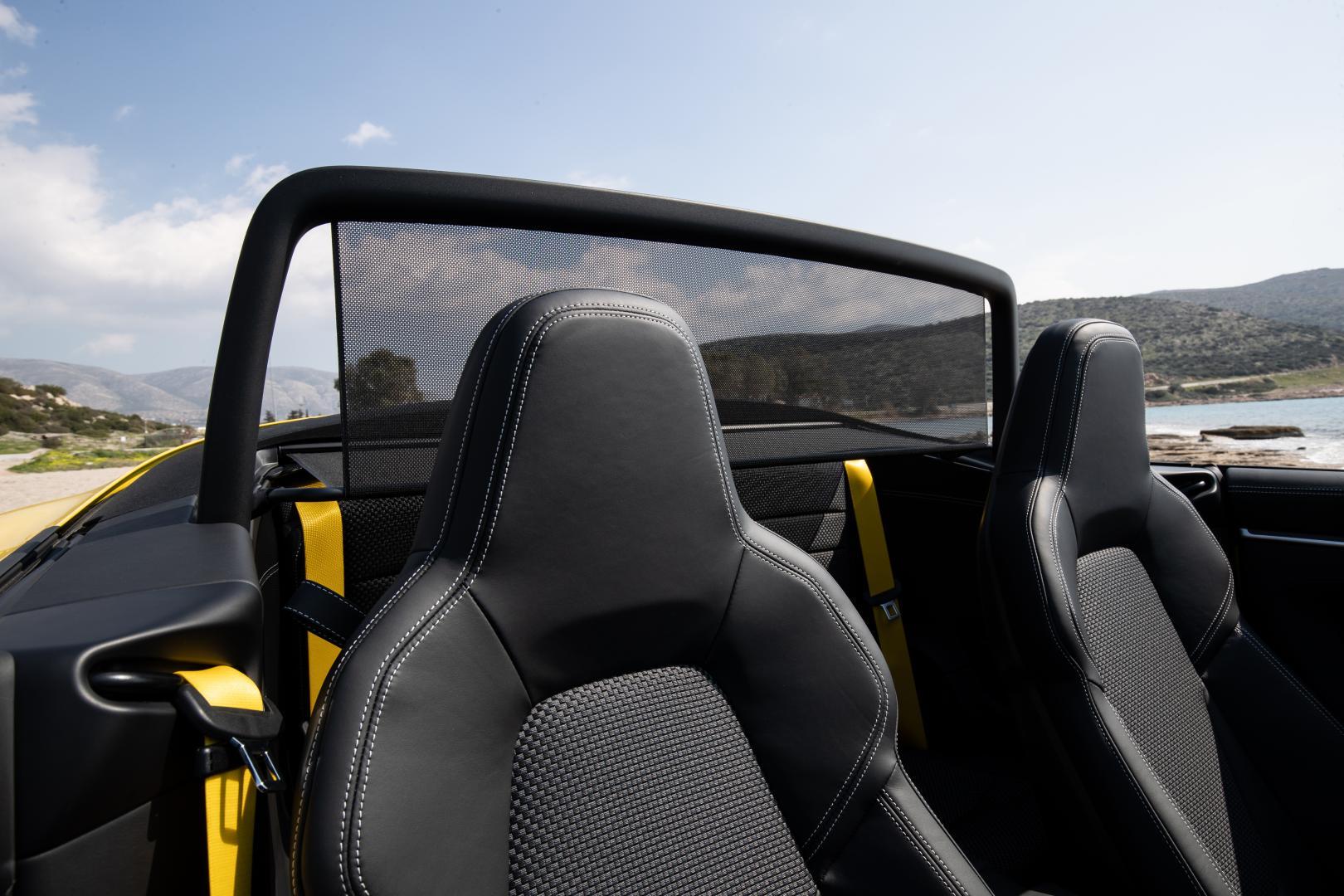 porsche-911-carrera-s-cabrio-detail-stoelen-2019