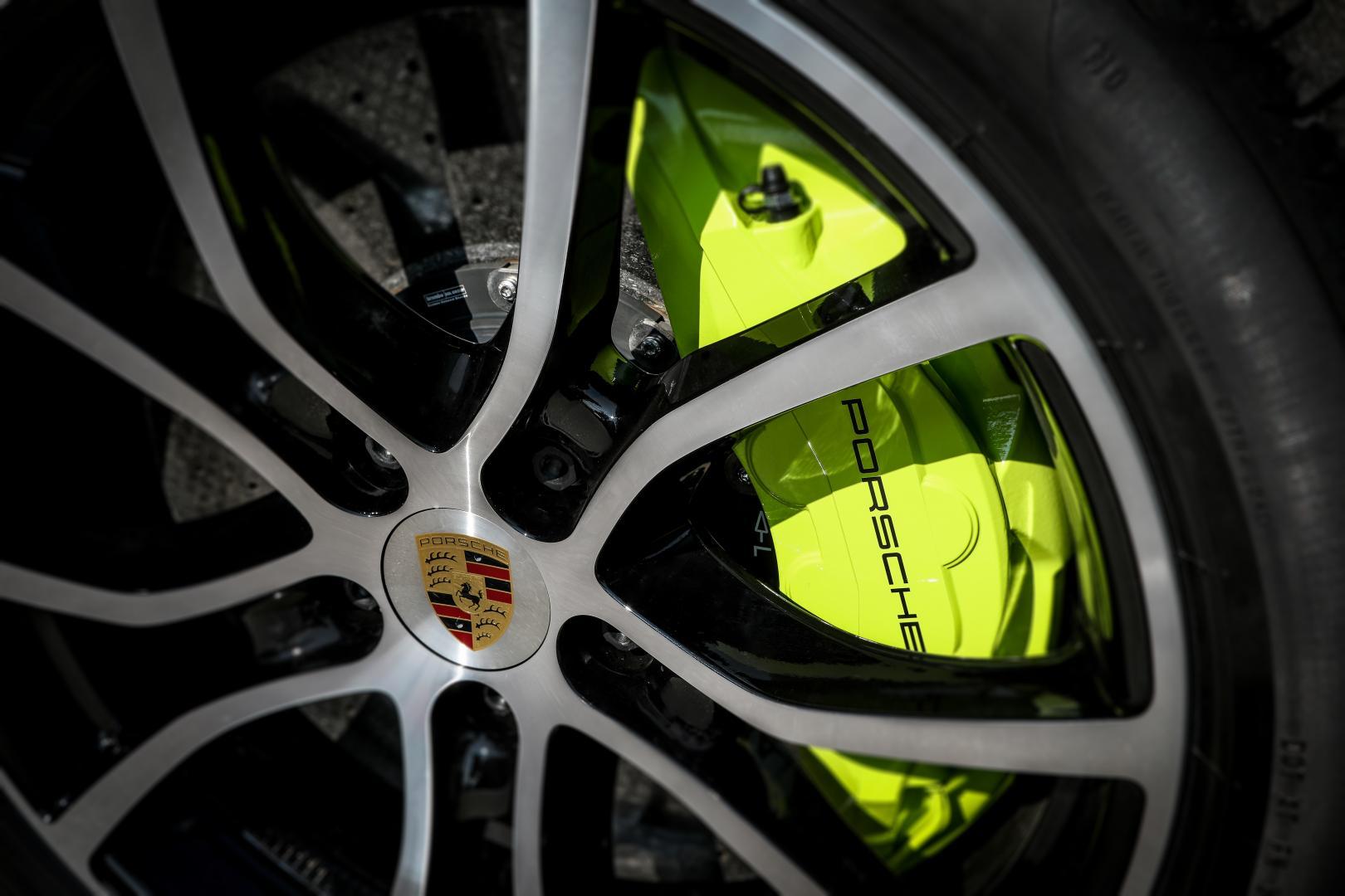 Porsche Cayenne Turbo S keramische remmen