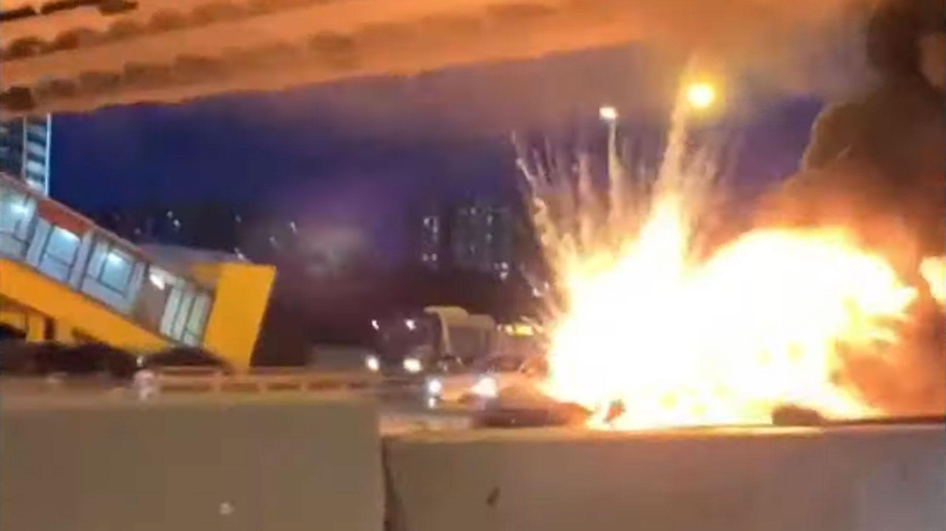 Tesla Model S Explodeert