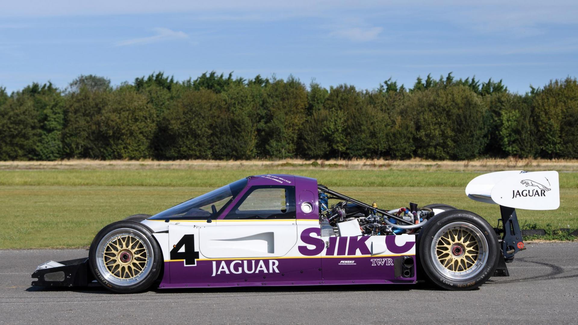 Jaguar XJR-11 zij