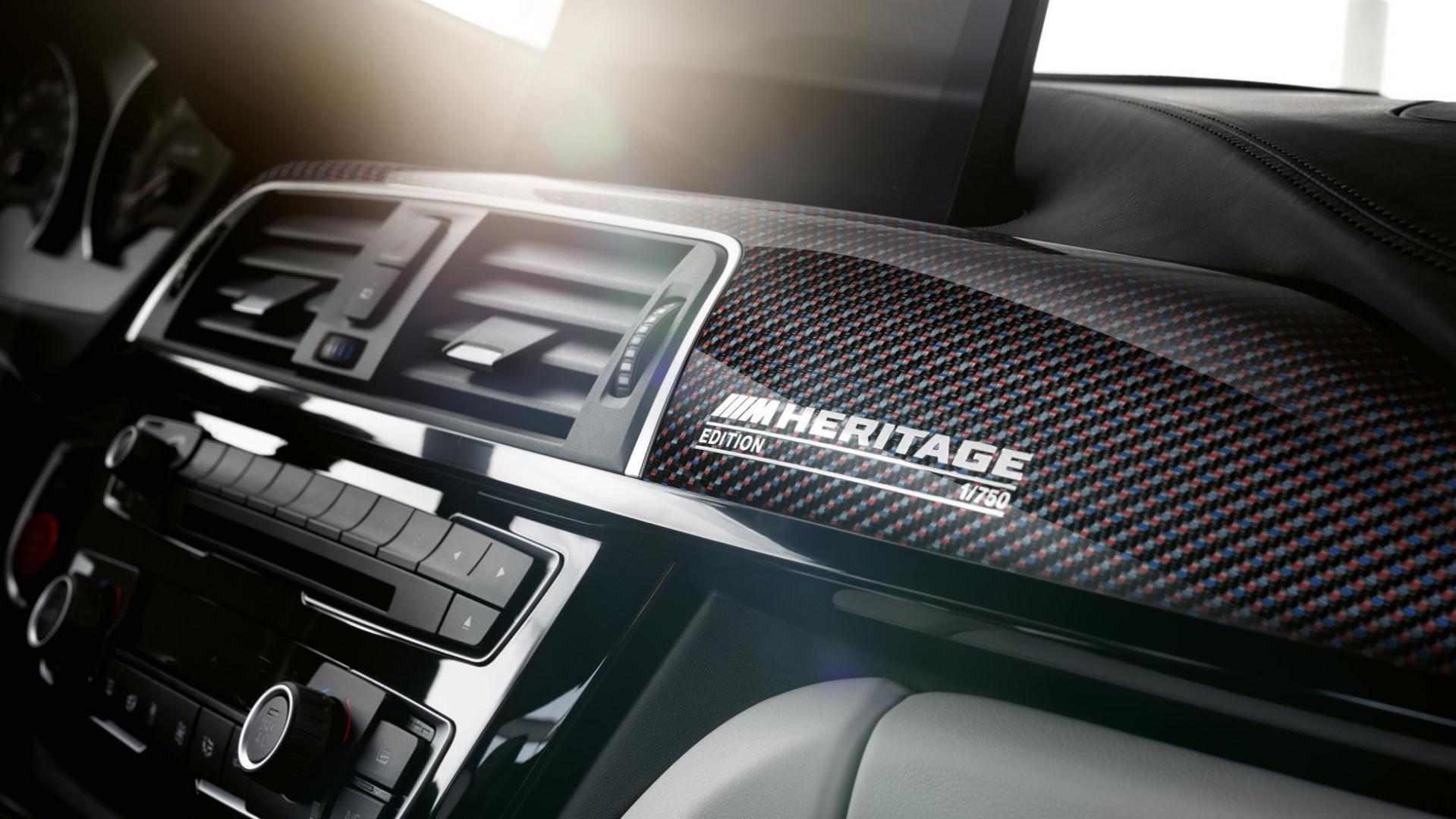 BMW M4 Heritage interieur