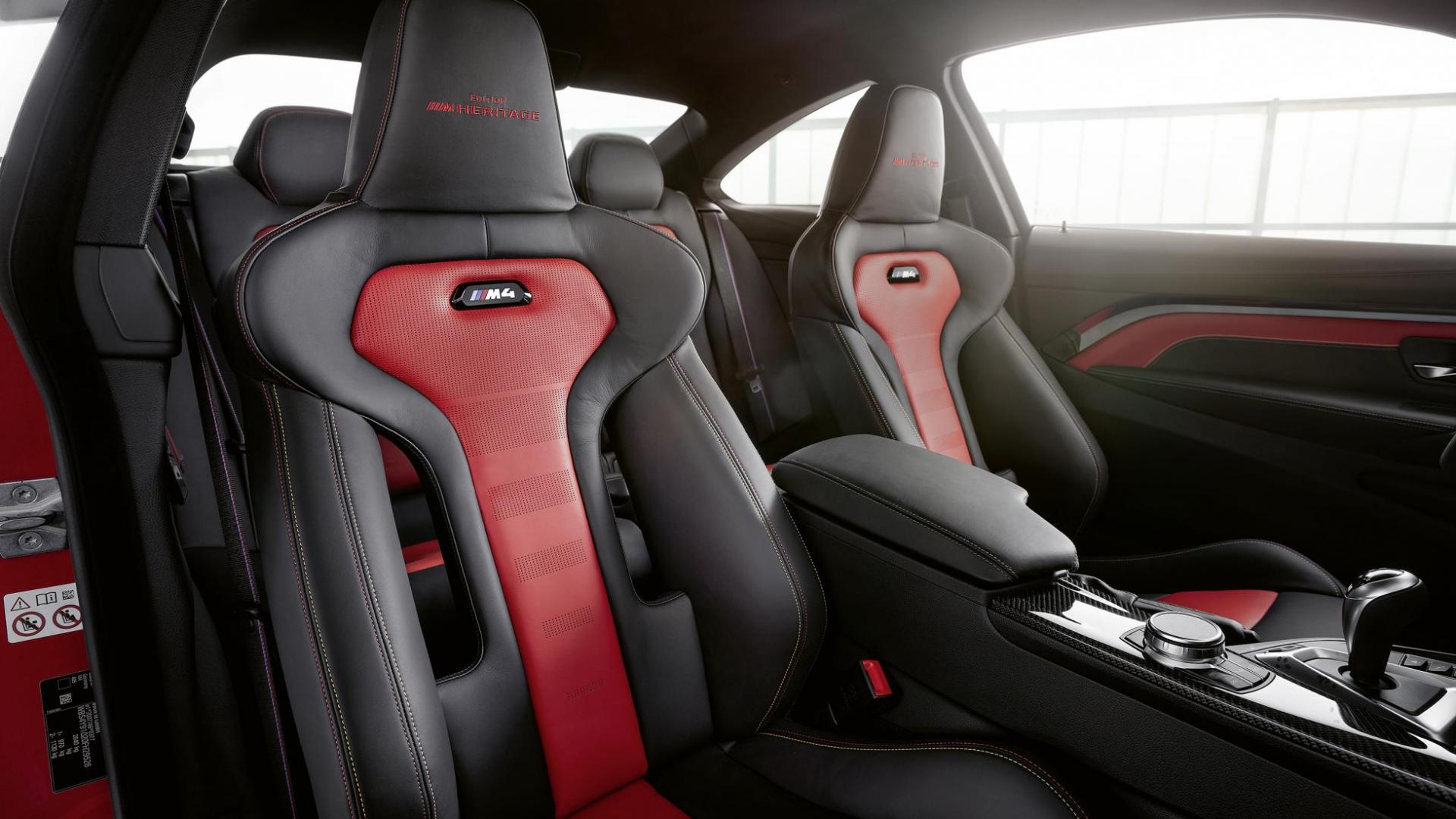 BMW M4 Heritage stoel 002