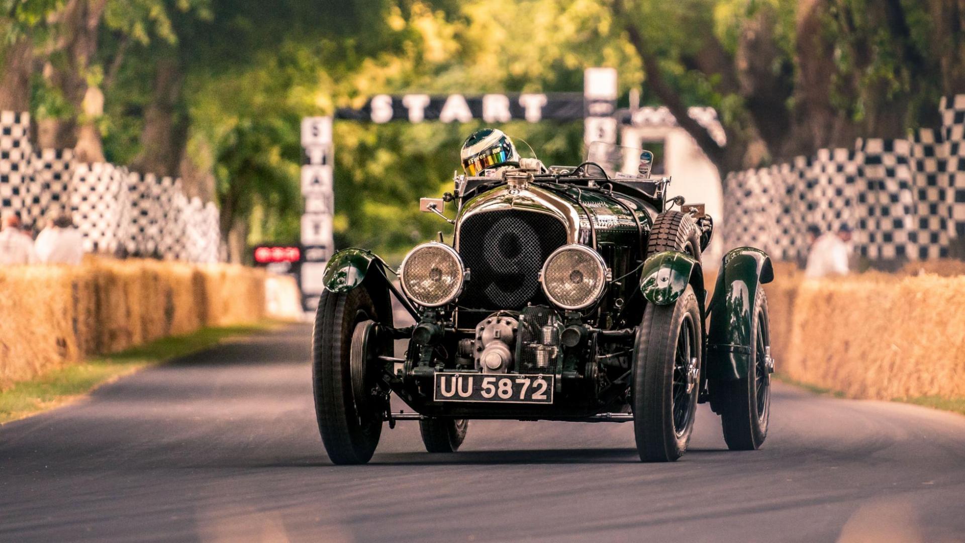 Bentley UU 5872
