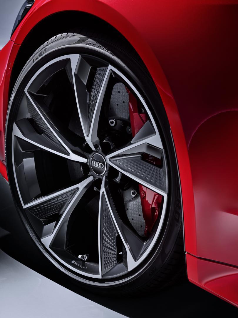 Audi RS 7 2019 tango-rood velgen remmen