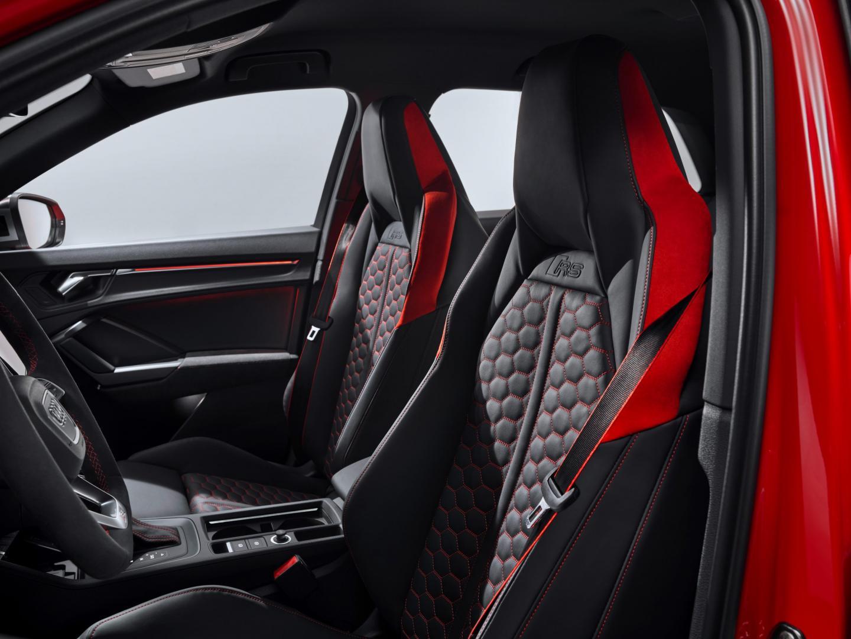 Audi RS Q3 stoelen