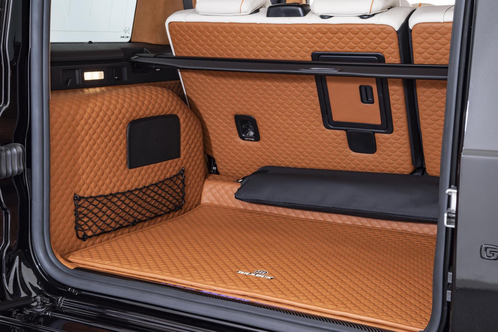 Brabus G V12 900 kofferbak