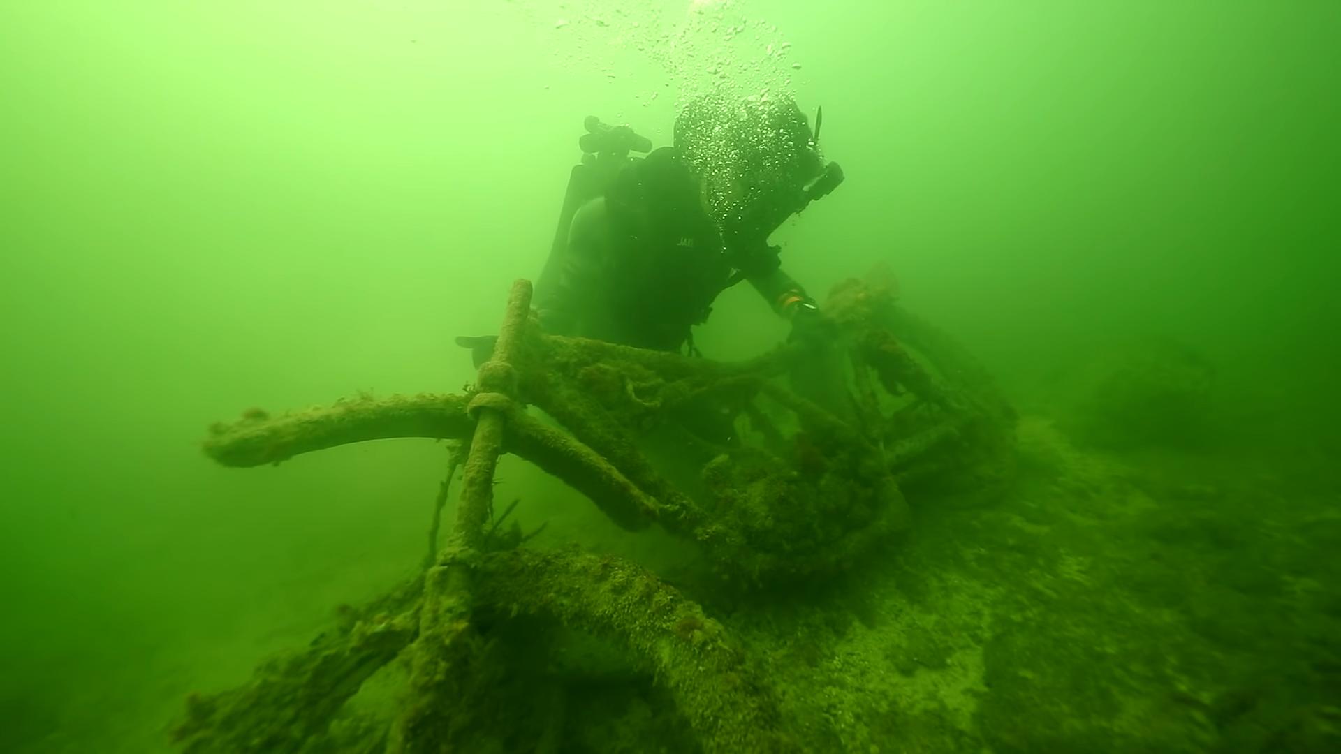 Motor gevonden op bodem van rivier