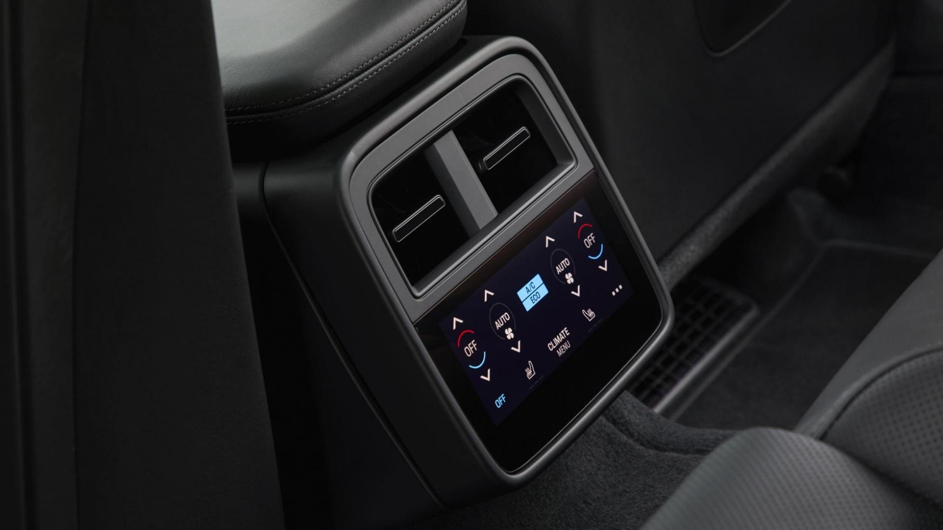 Porsche Taycan Turbo S scherm