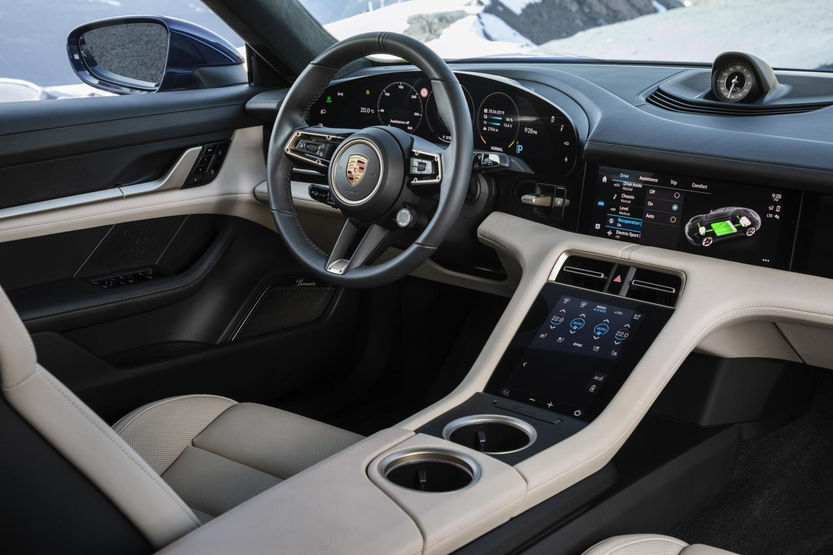 Porsche Taycan Turbo 2019 interieur