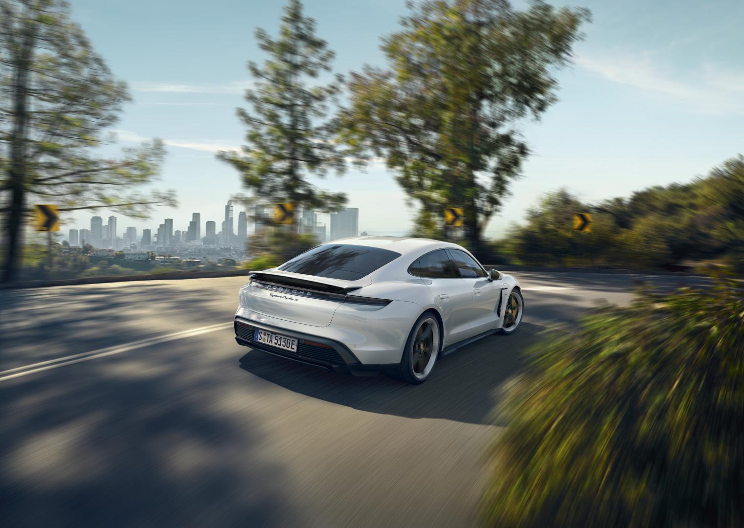 Porsche Taycan Turbo S 2019