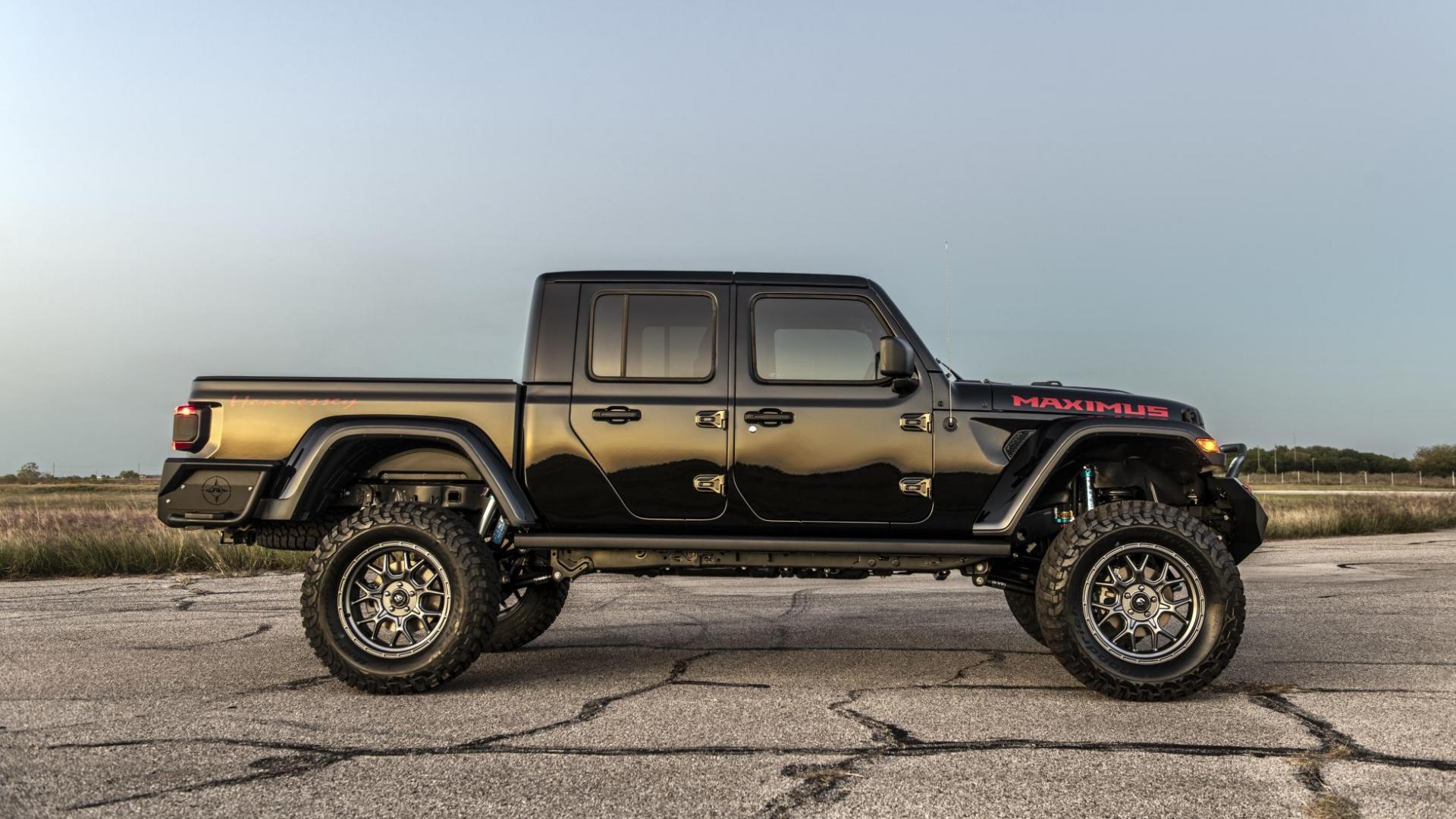 Hennessey Jeep Gladiator Maximus rechts recht zij