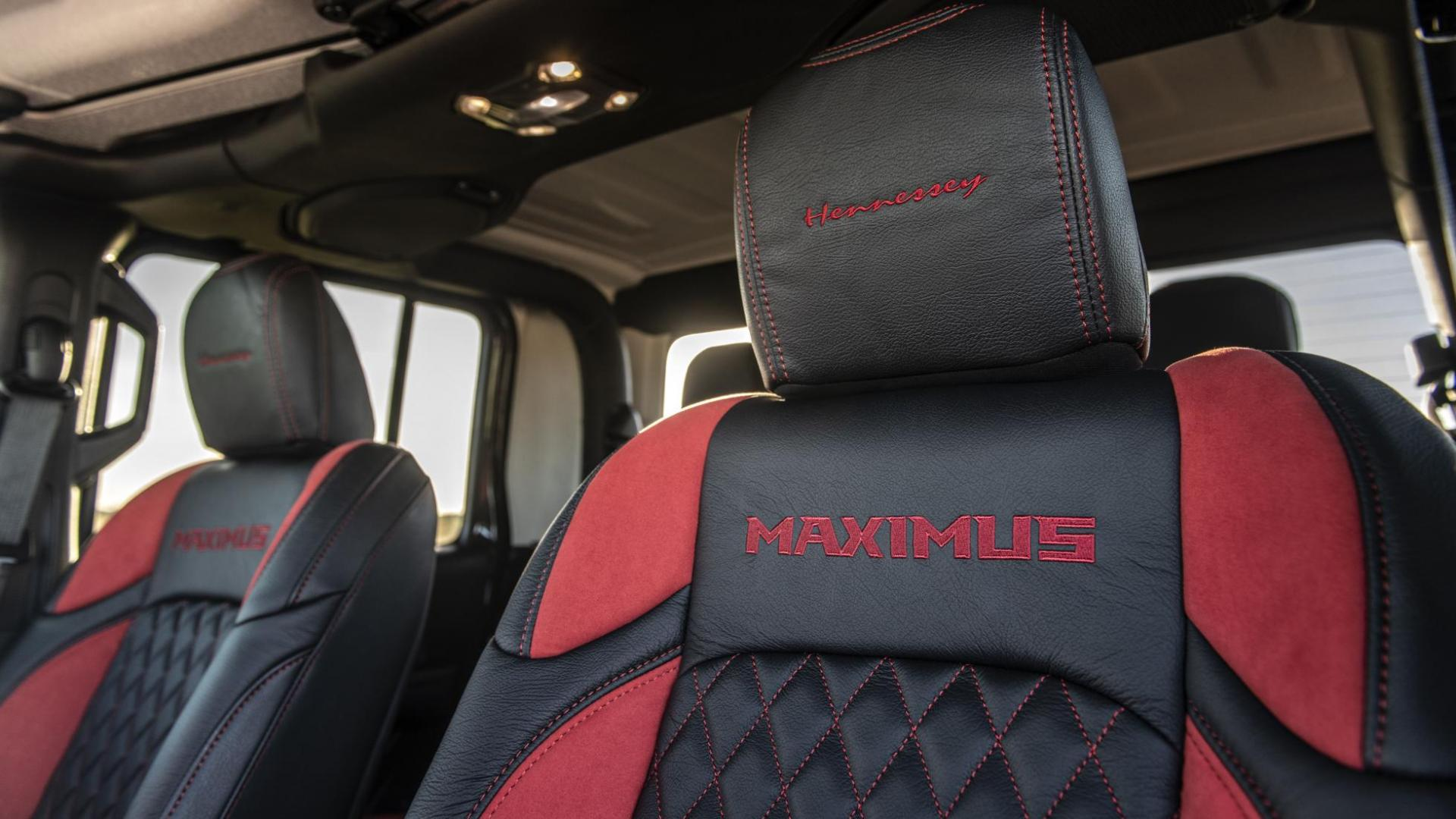 Hennessey Jeep Gladiator Maximus detail hoofdsteun