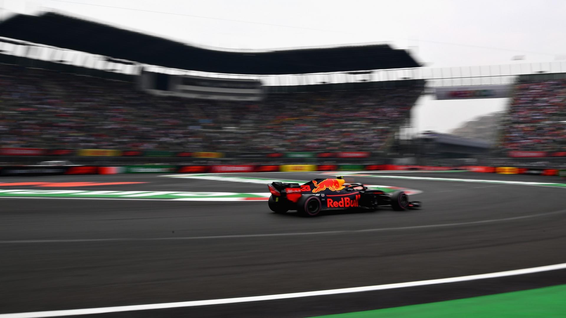 Max Verstappen in stadion GP van Mexico 2018