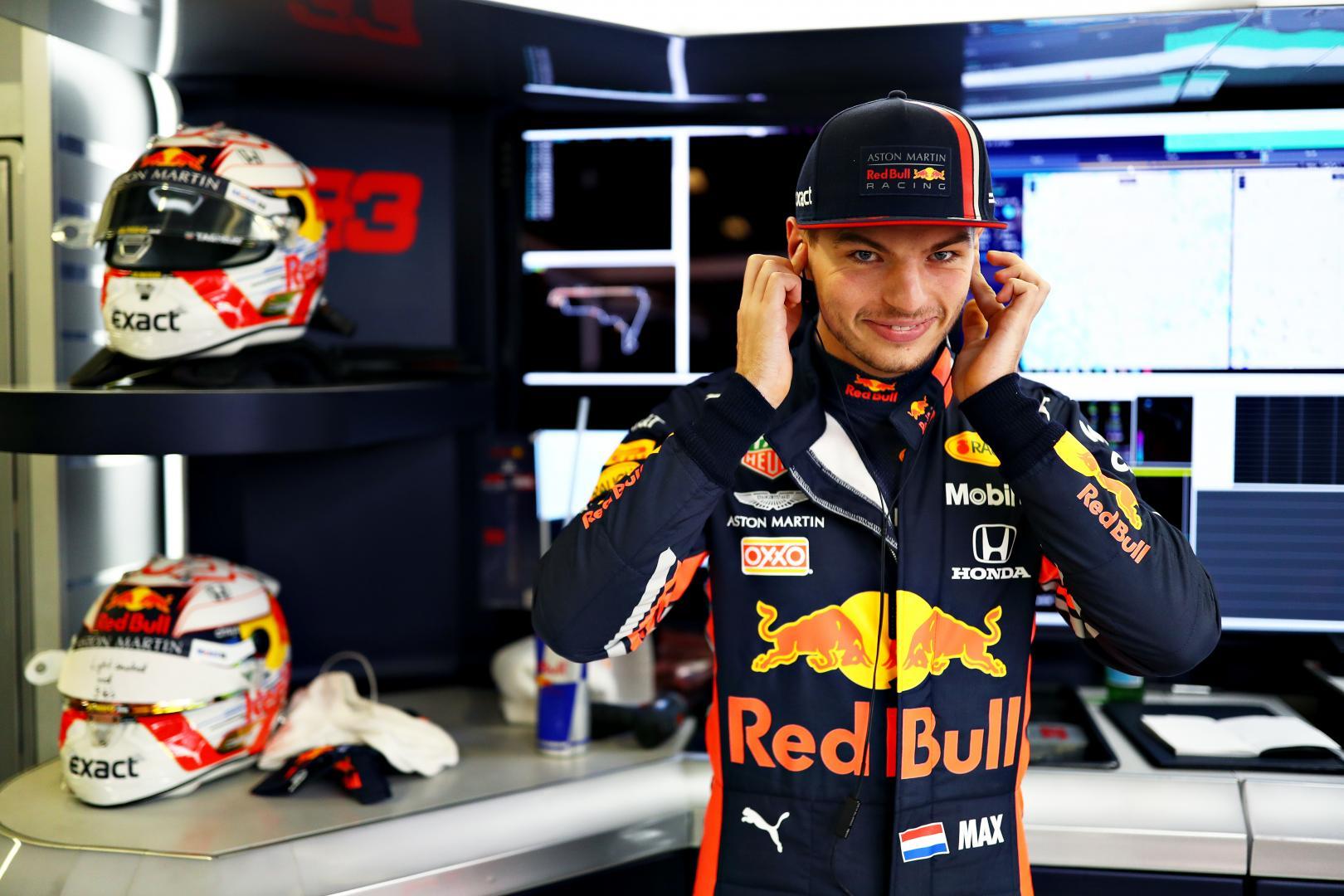 Max Verstappen oren dicht GP van Mexico