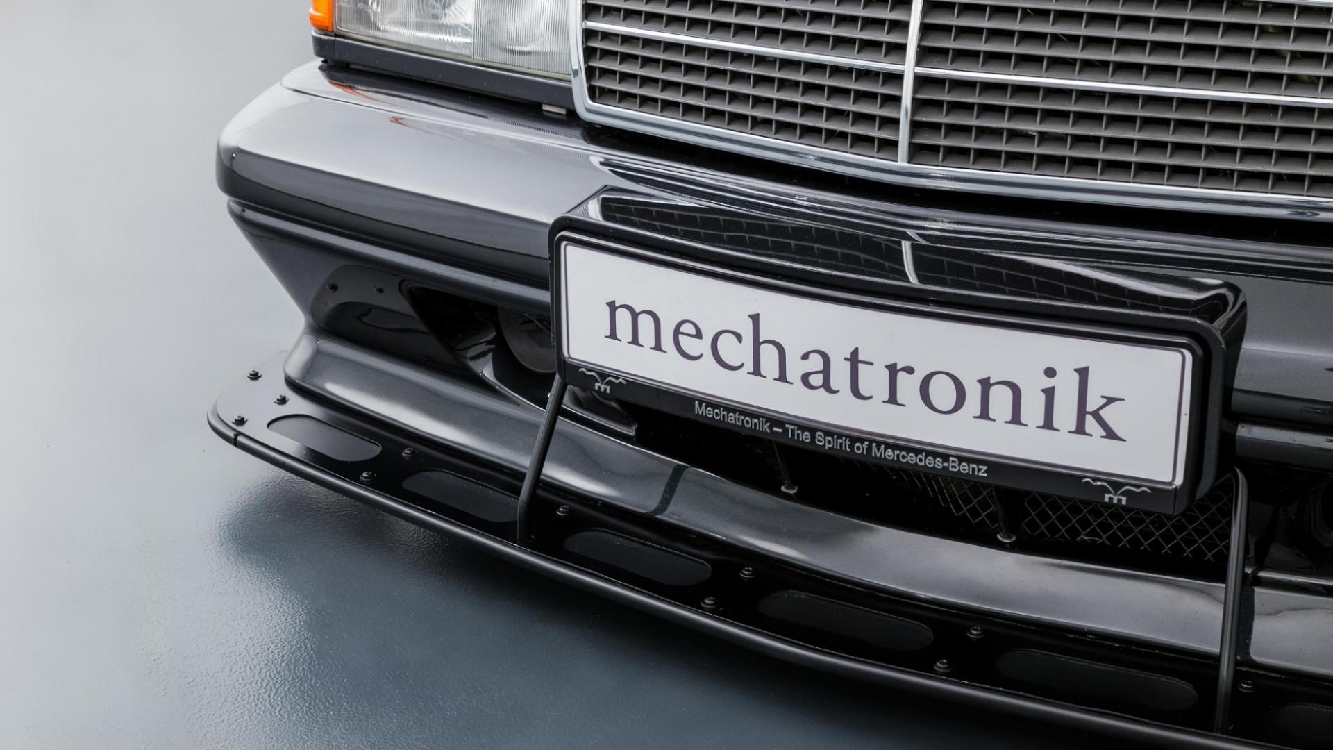 Mercedes 190 E EVO 2 detail voorbumper rechtsvoor