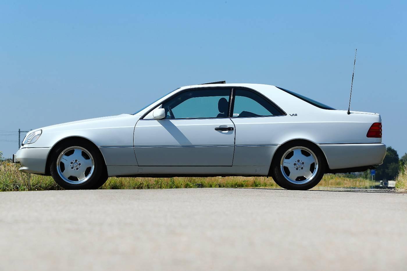 Mercedes S 600 Coupe rechts zij