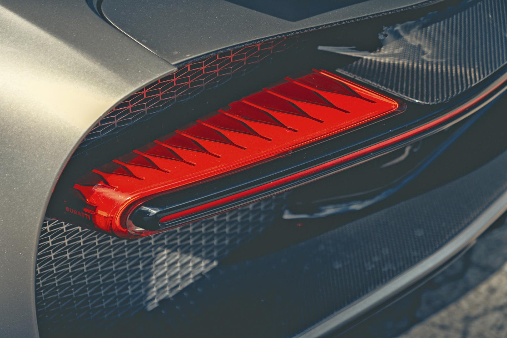 Bugatti Chiron Sport detail achterlicht