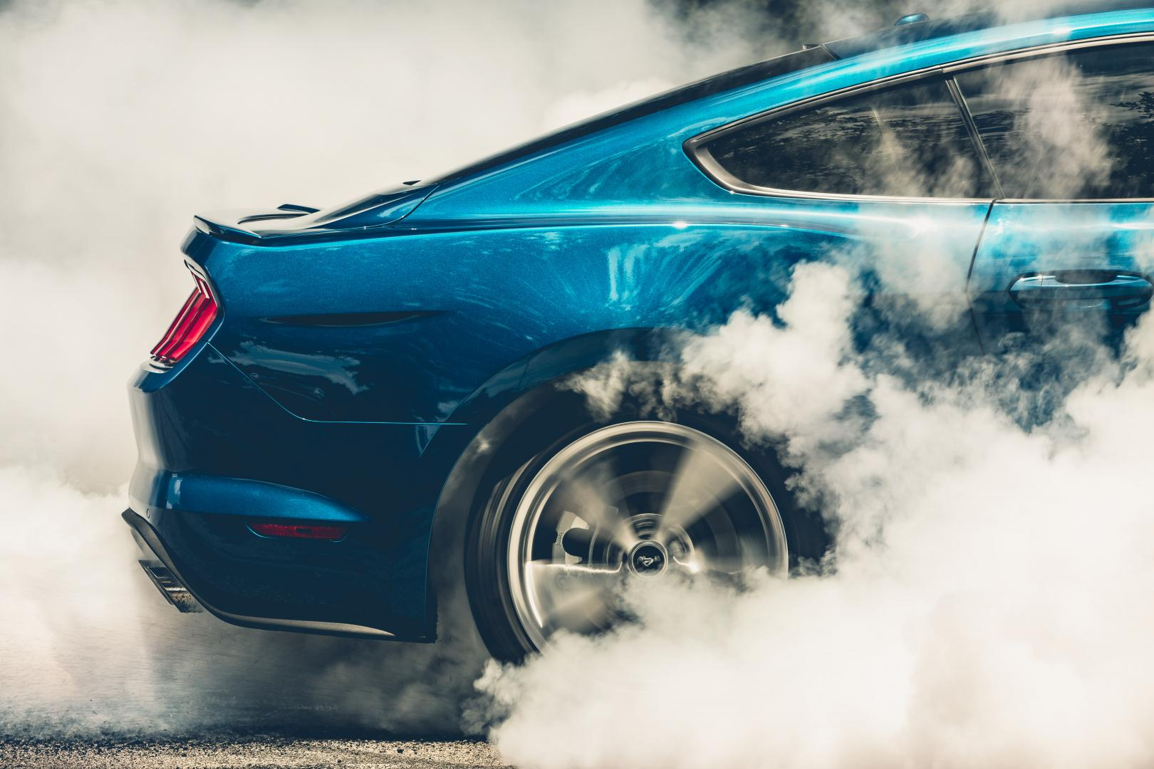 Ford Mustang Kona Blue Performance Pack burnout rook