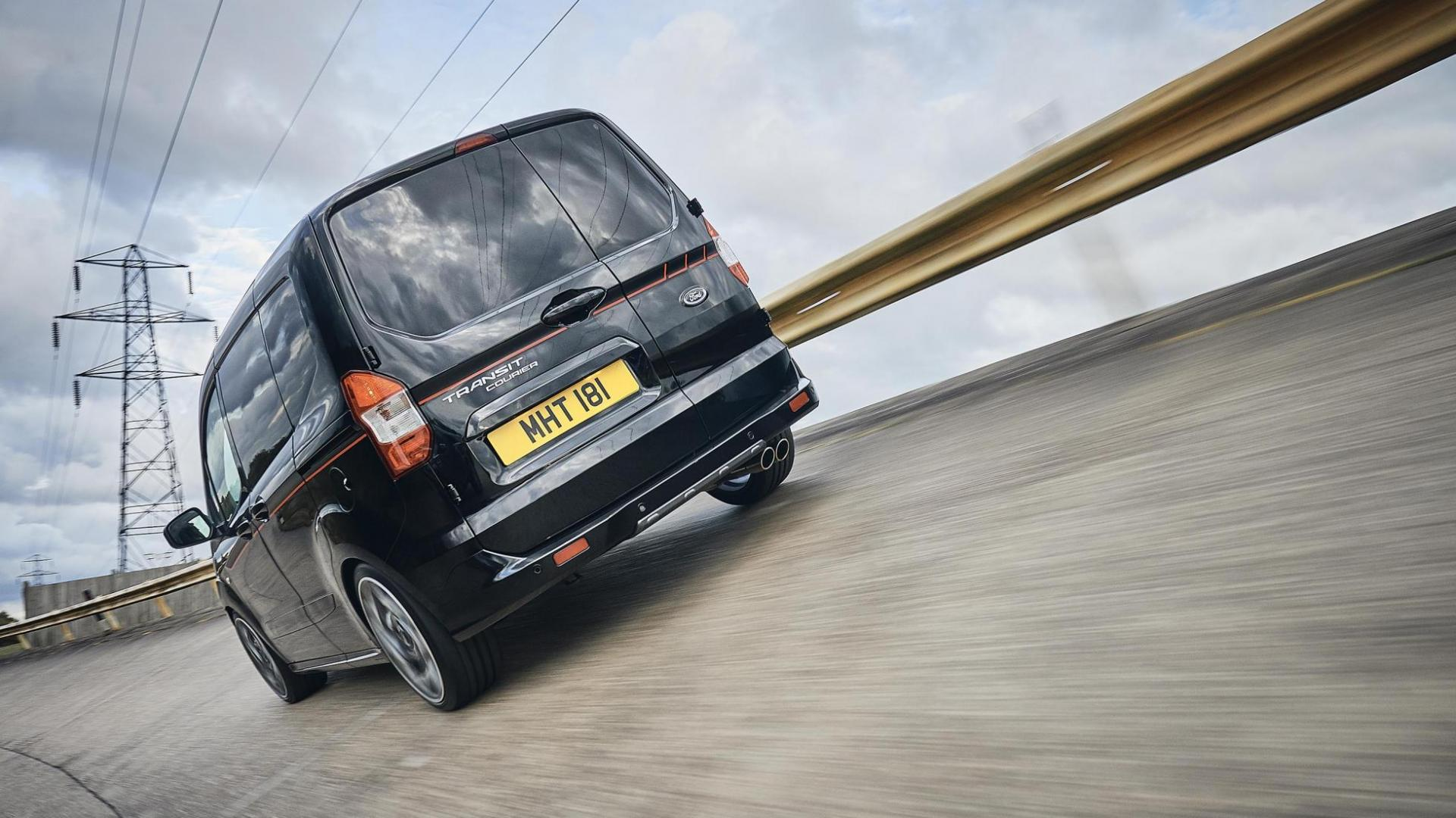 Ford Transit Courier ST