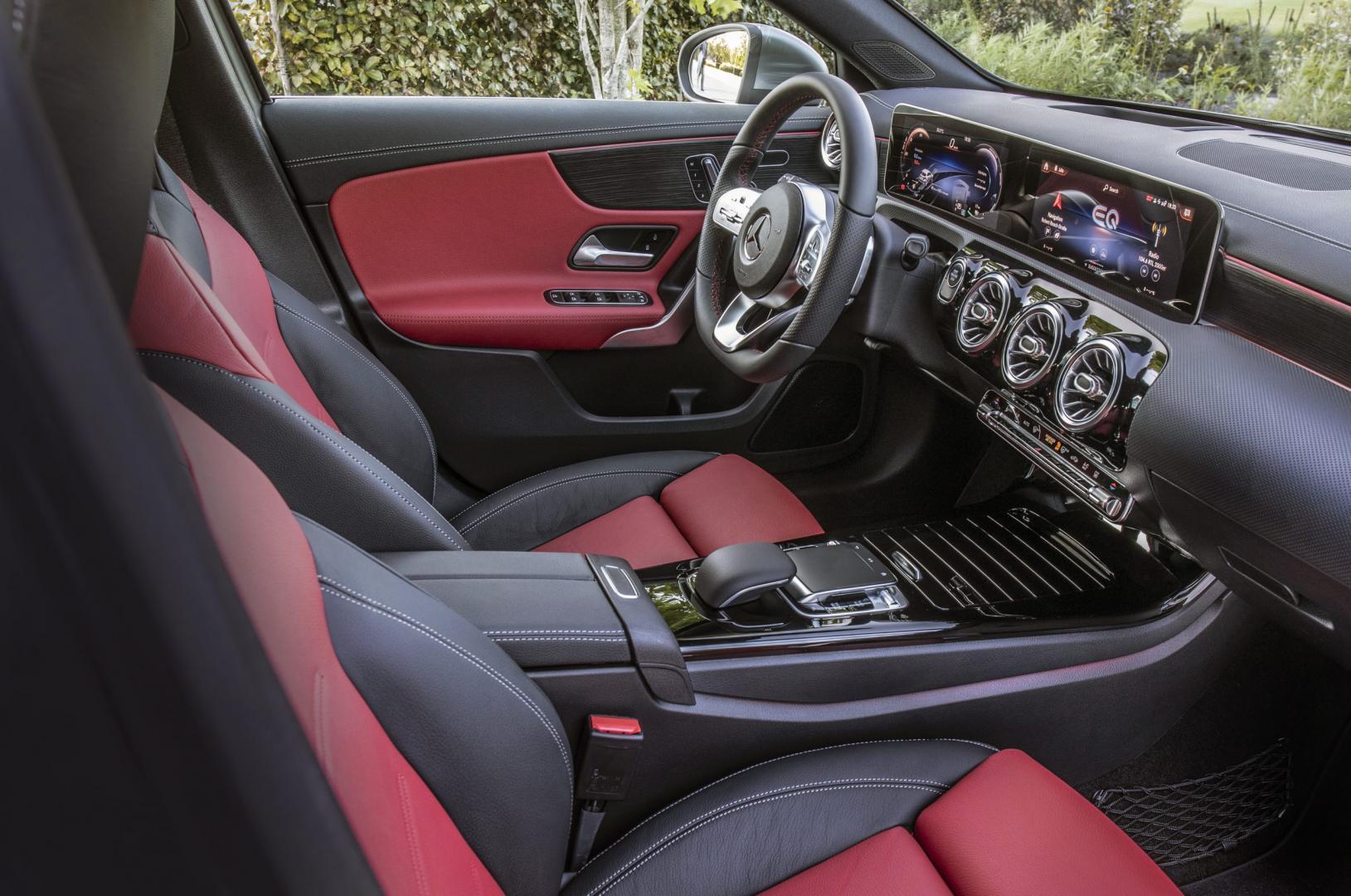 Mercedes A 250 e interieur