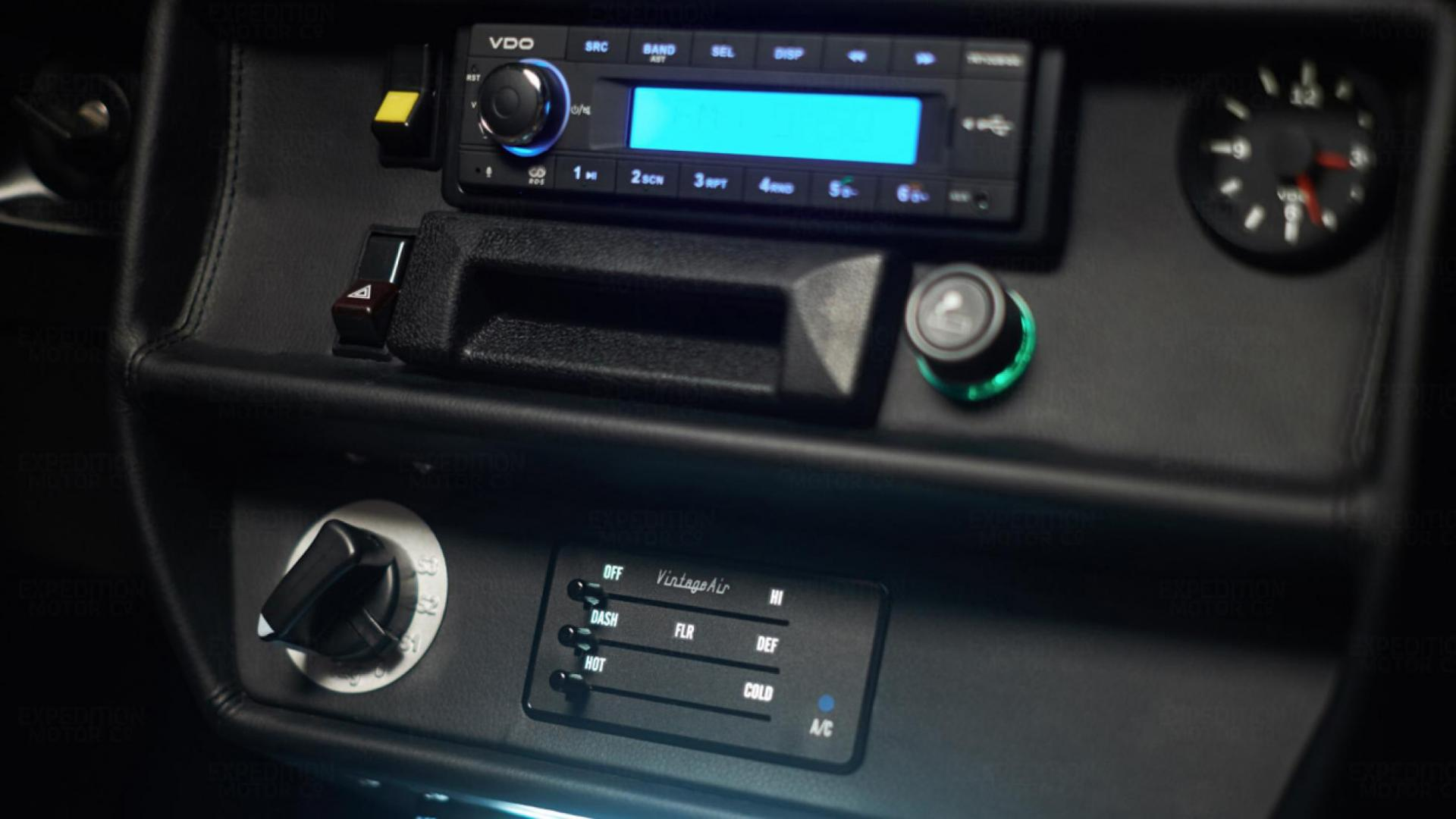 Mercedes 250GD radio airco