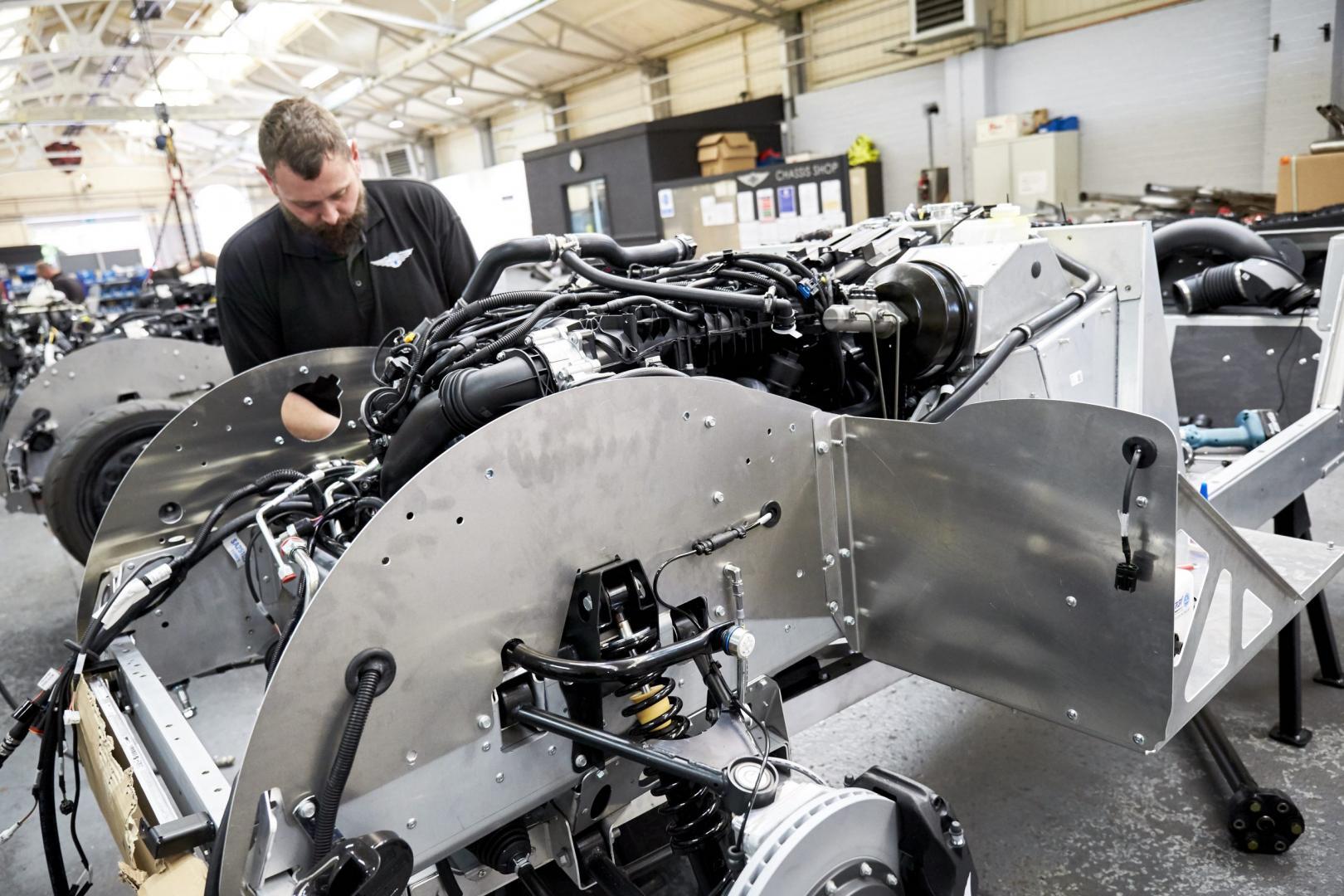 Morgan Plus Six fabriek motor