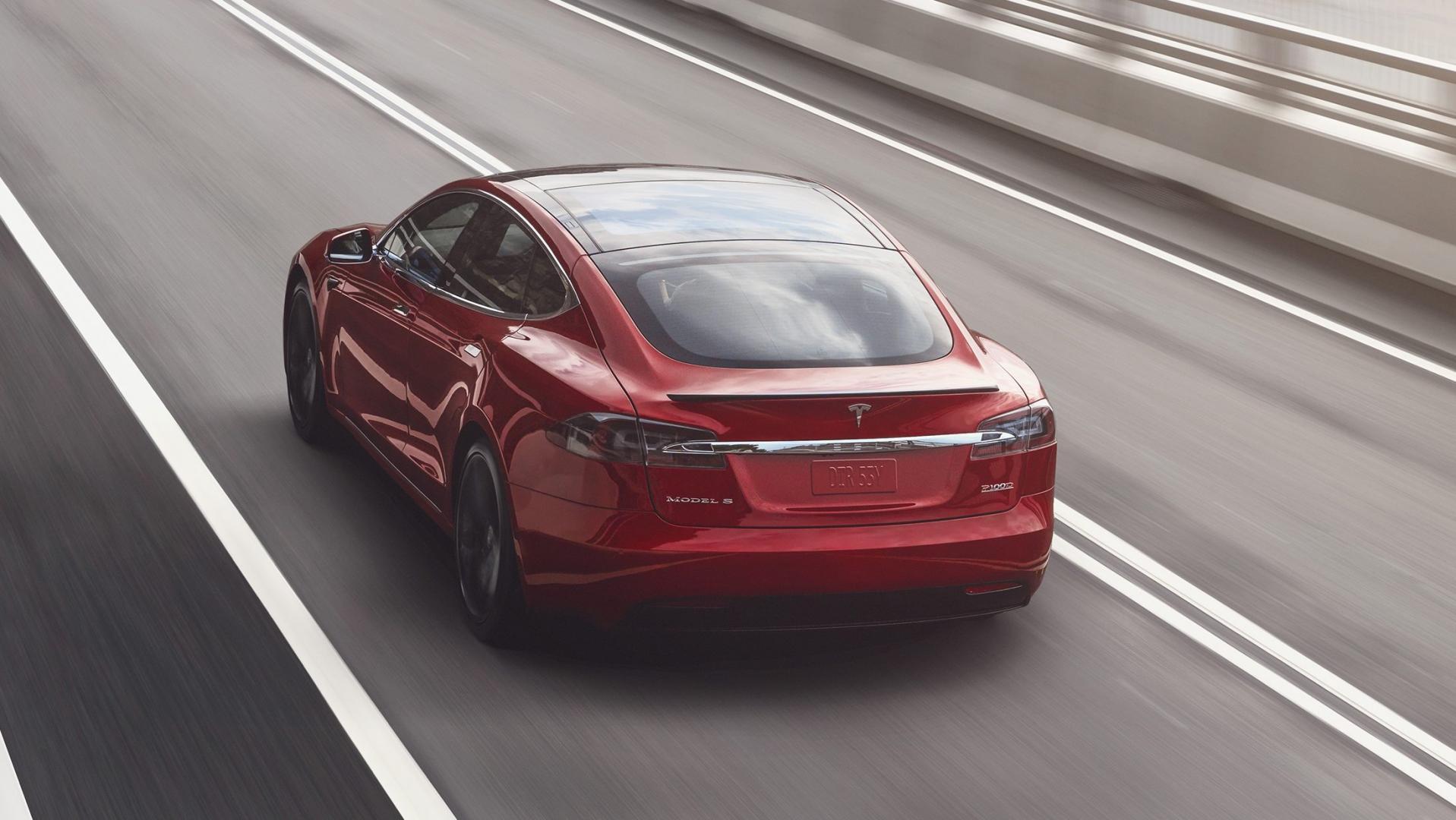 Tesla Model S Long Range detail rijder 3 4 achter
