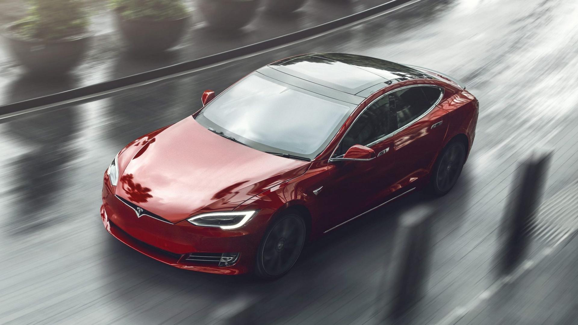 Tesla Model S Long Range detail rijder 3 4 voor